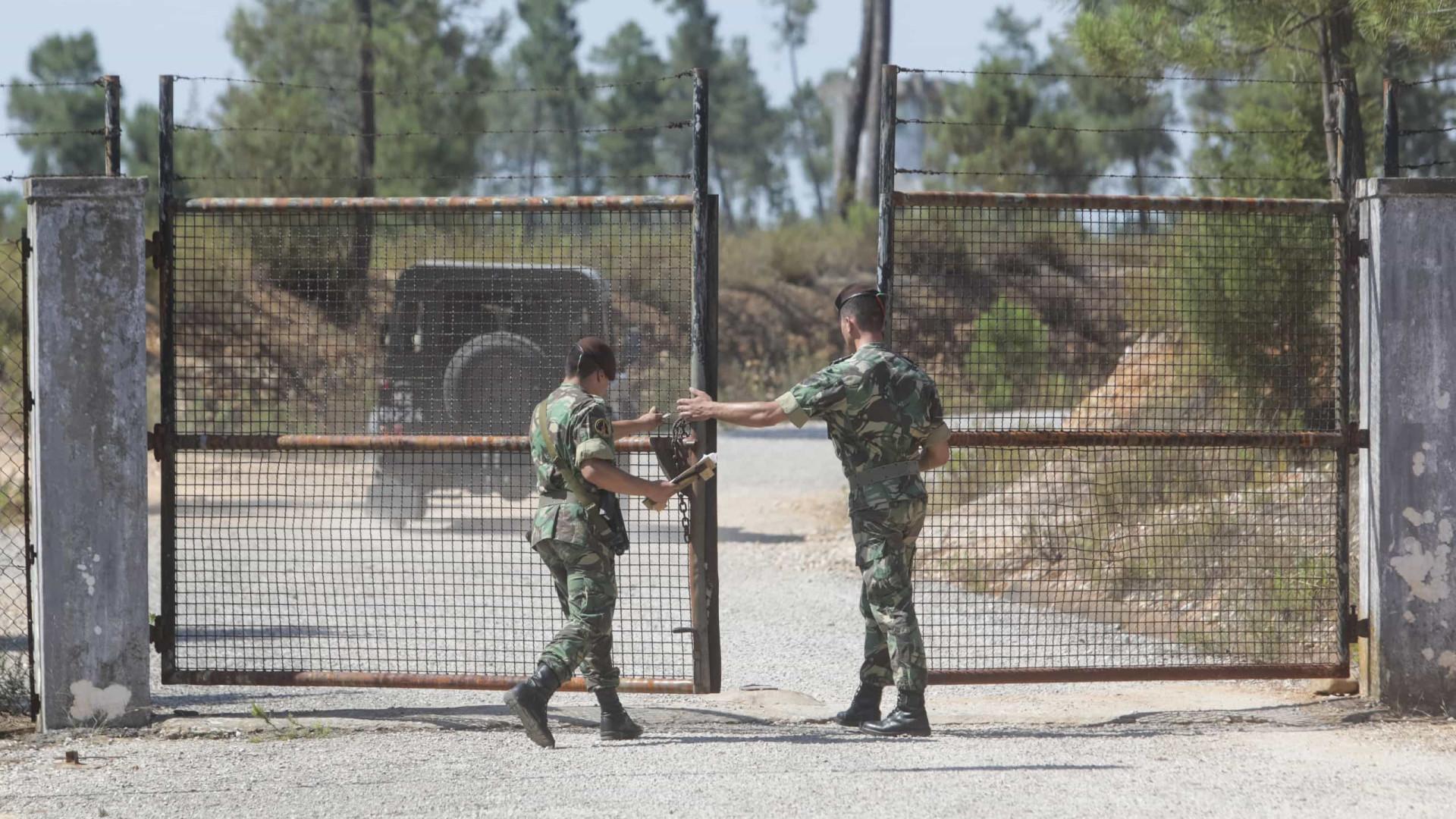 Material militar de Tancos vai ser transferido para outros paióis
