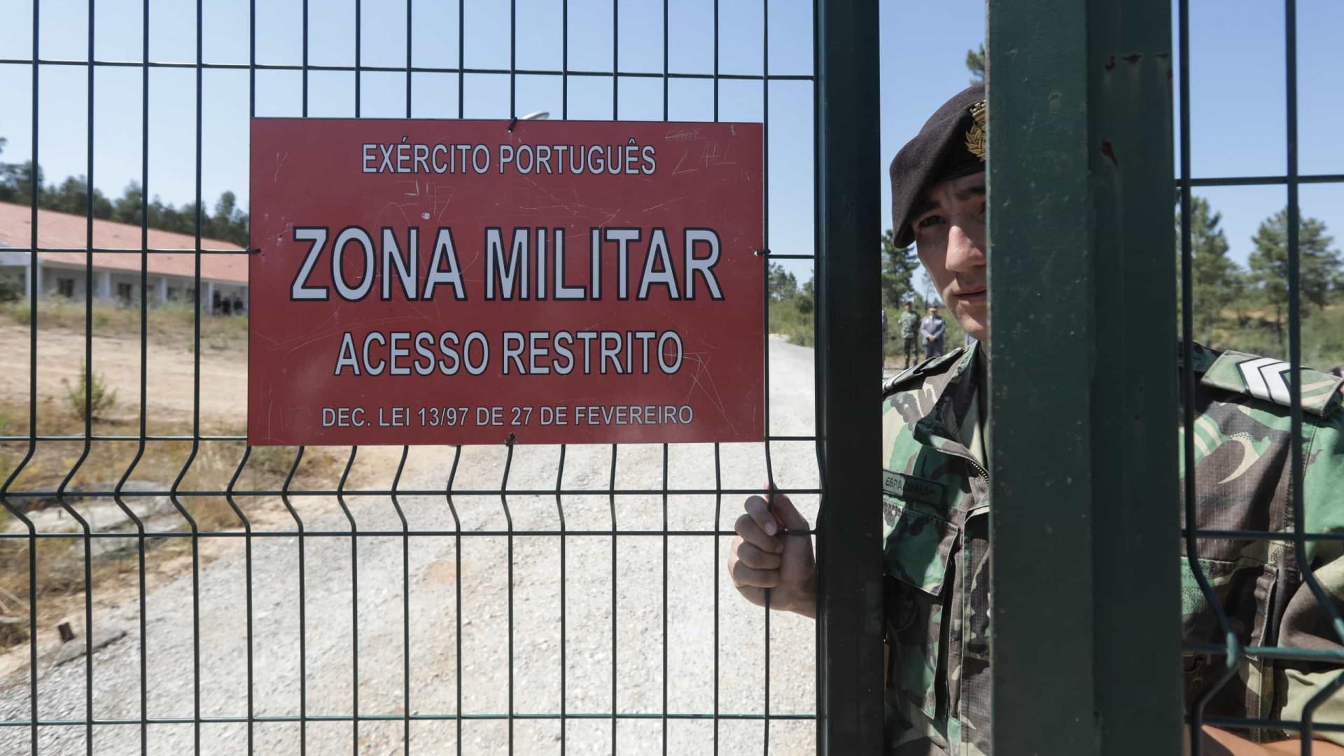 """Ministro quer ver """"na íntegra"""" alegado relatório de secreta militar"""