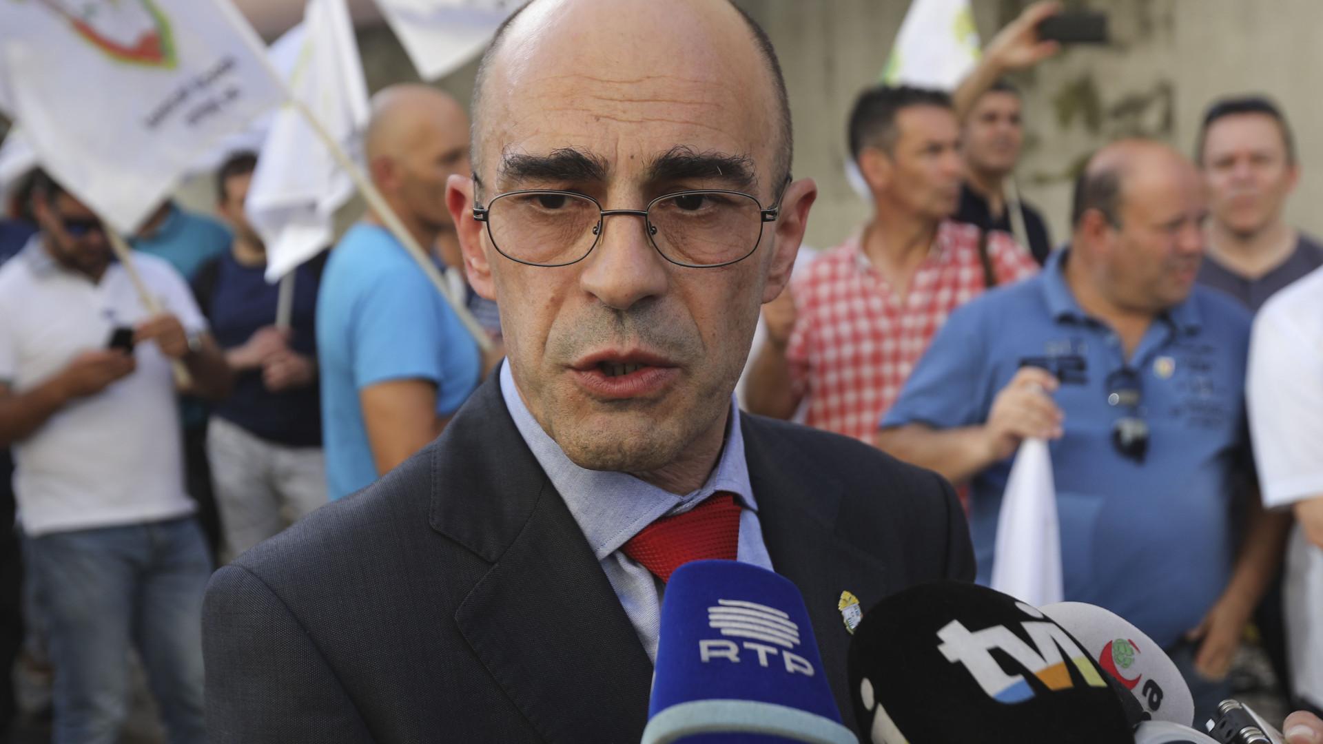 """Associação de Sargentos diz que Azeredo Lopes """"fez bem"""" em demitir-se"""