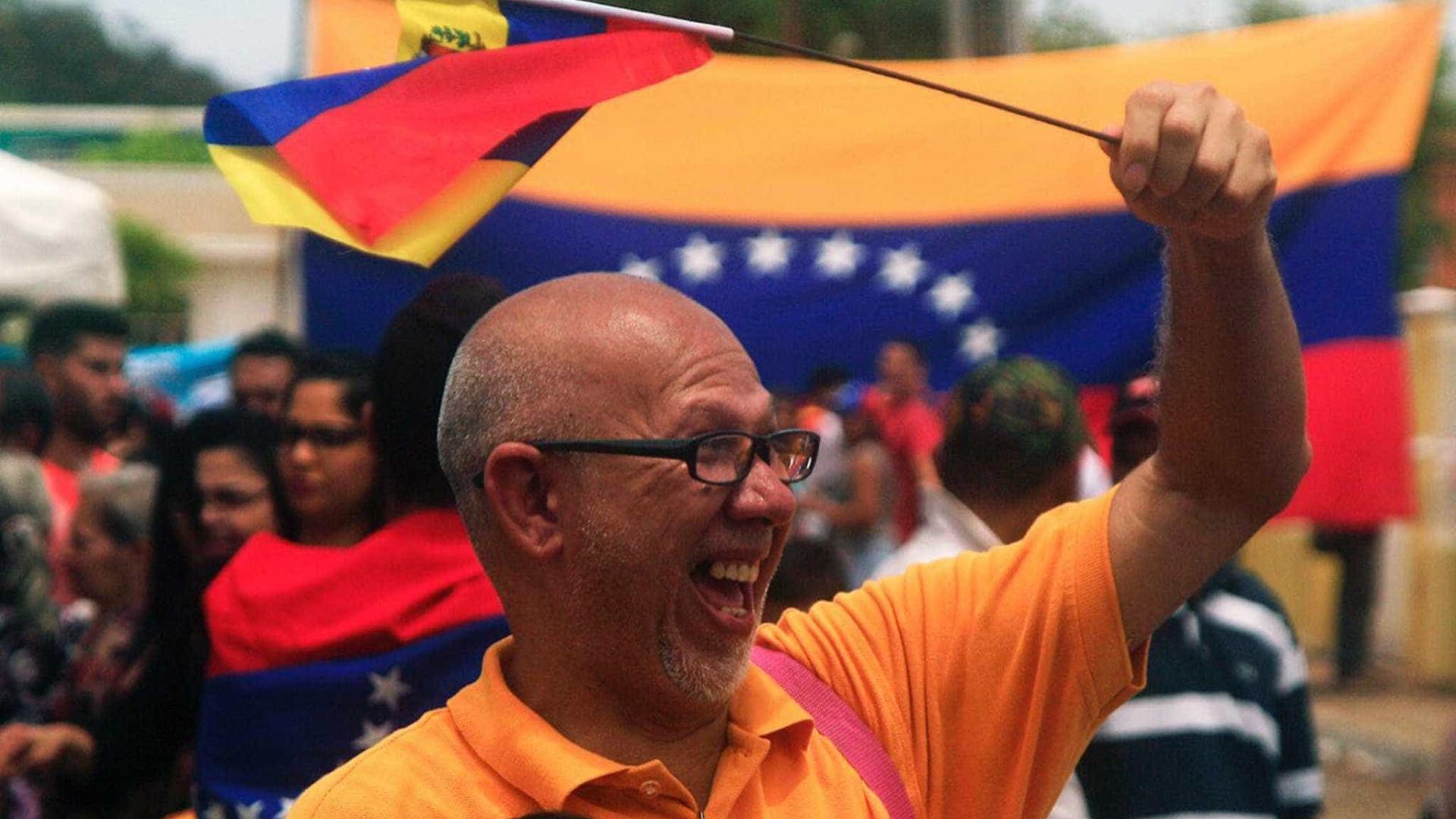 Estados Unidos advertem Caracas sobre medidas económicas fortes e rápidas