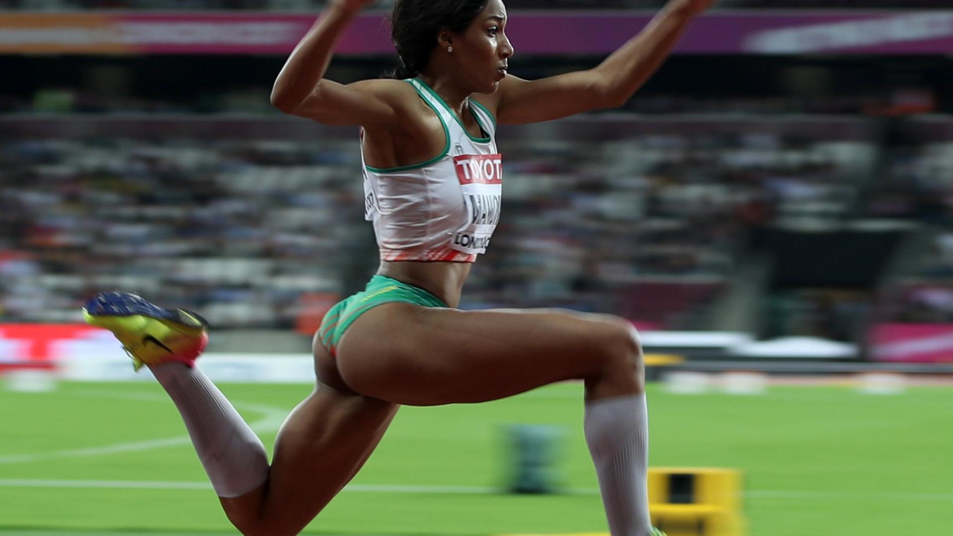 Patricia Mamona bate recorde pessoal no salto em comprimento