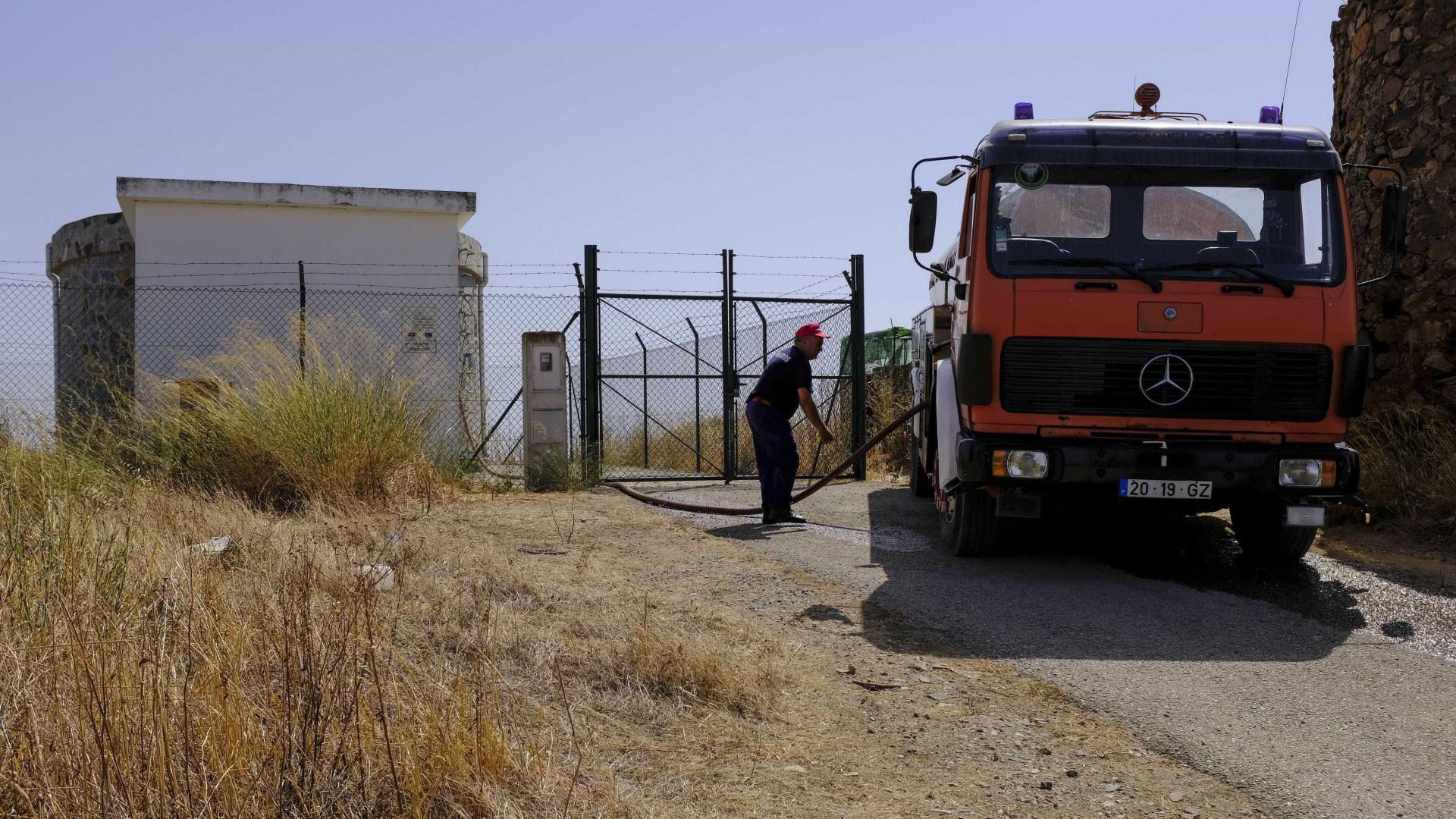 Abastecimento com autotanques em dez povoações concelhos do Alentejo