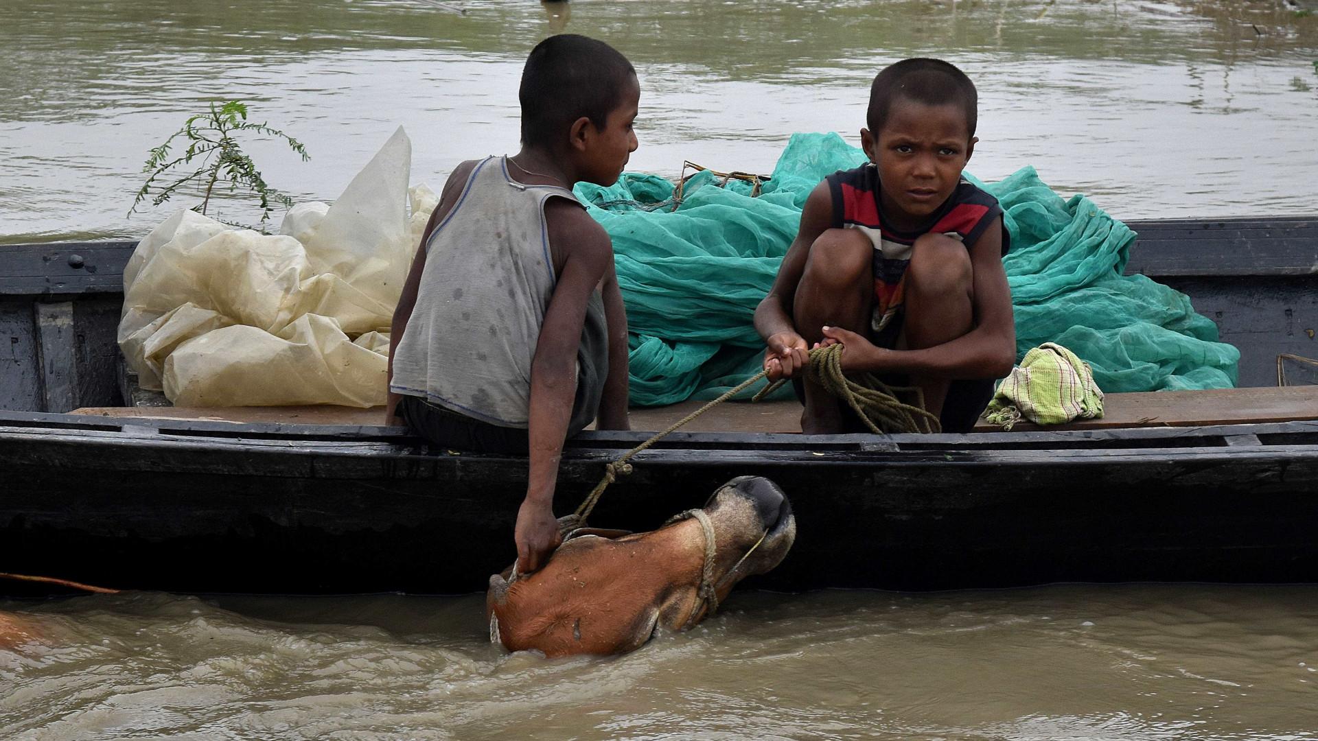 Bangladesh: Pelo menos 13 mortos e 125 mil deslocados nas inundações