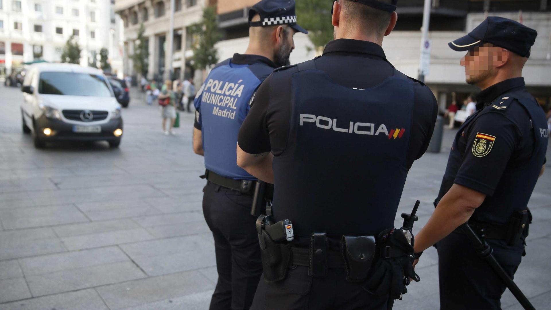 """Terroristas em Espanha tinham 120 botijas de gás para """"vários atentados"""""""
