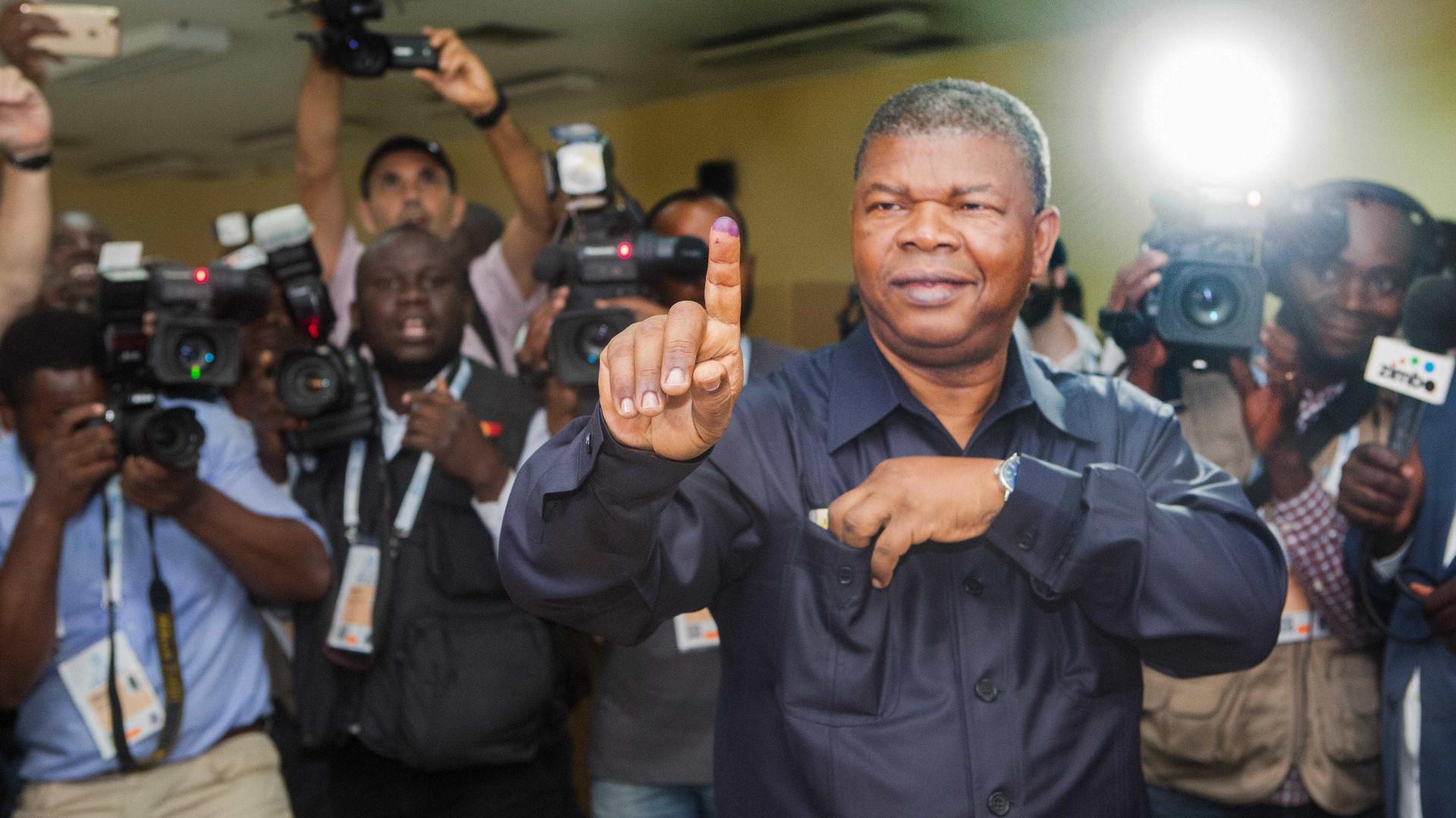 Eleições em Angola marcam fim da Presidência de Eduardo dos Santos
