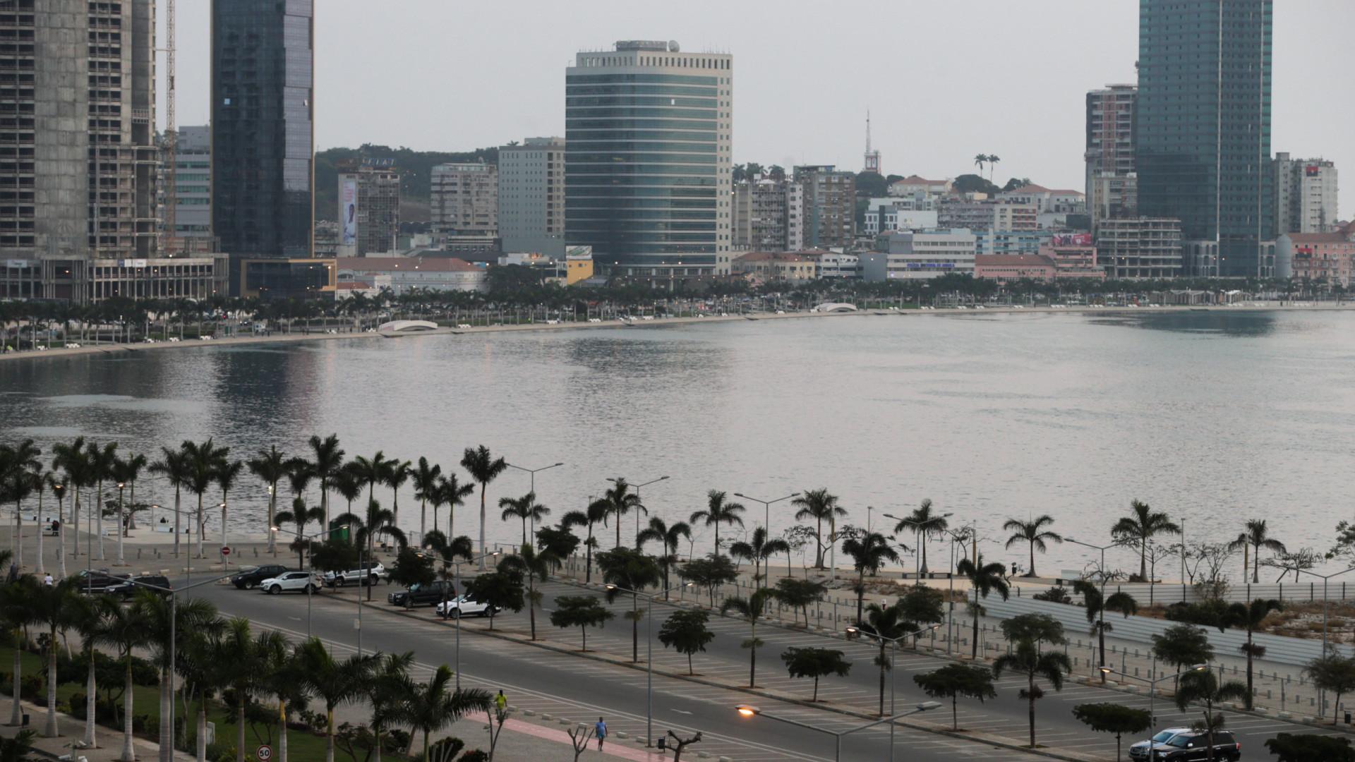 Angola espera que mercados financeiros sejam mais favoráveis do que o FMI