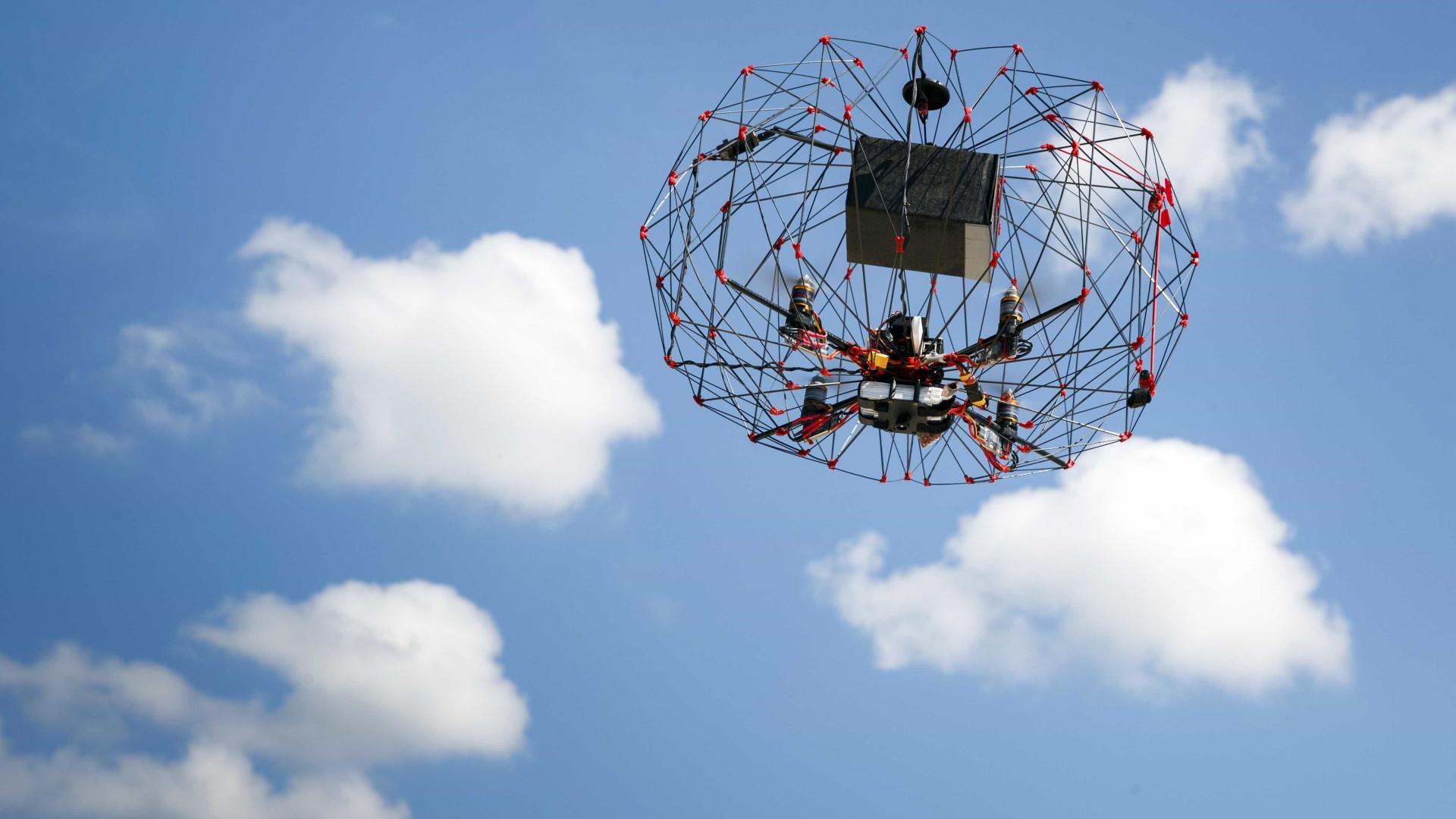 Carros elétricos e drones exigem novas formas de tratar pilhas e baterias