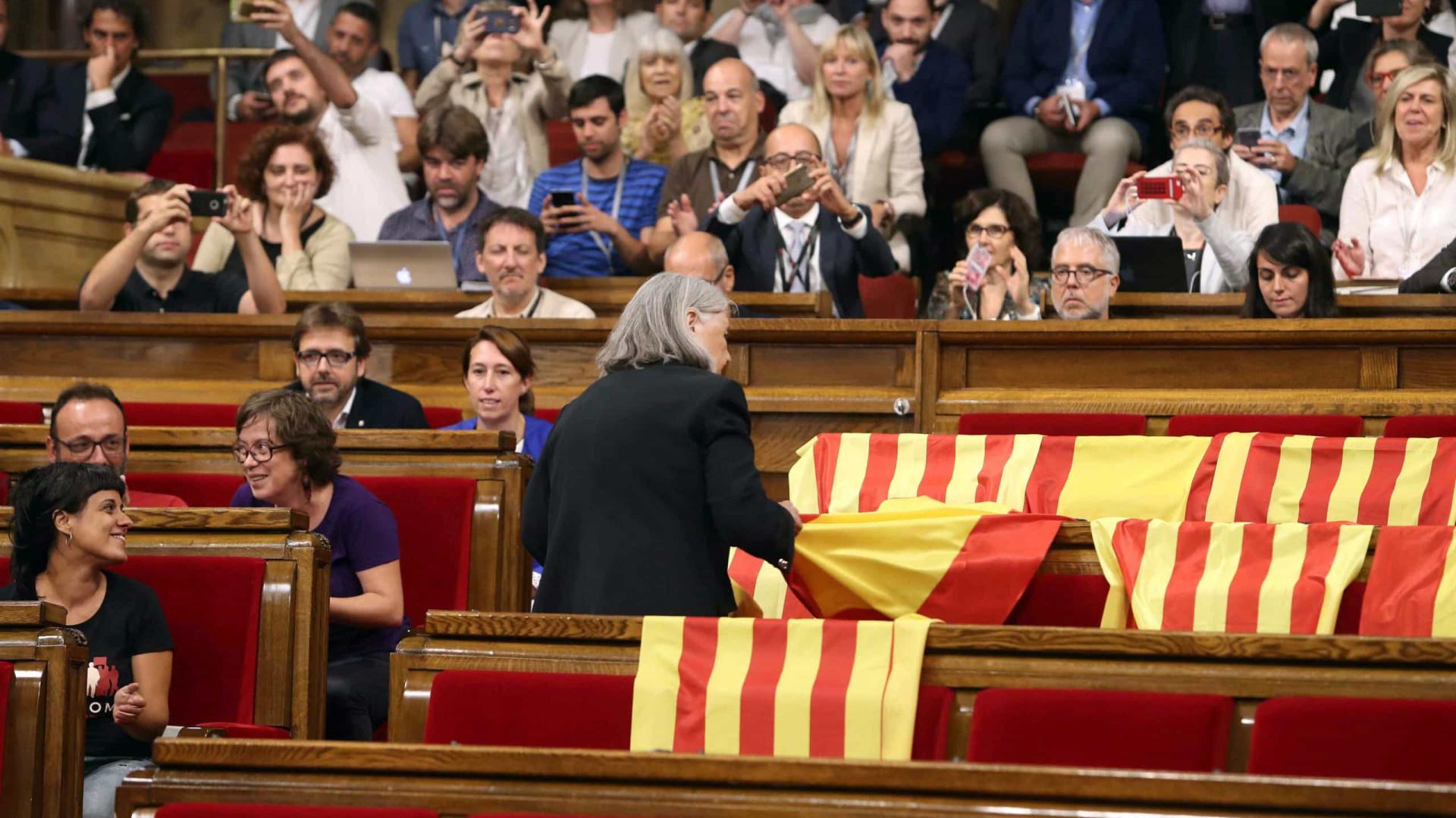 Investigações sobre referendo: Secretário da Economia da Catalunha detido