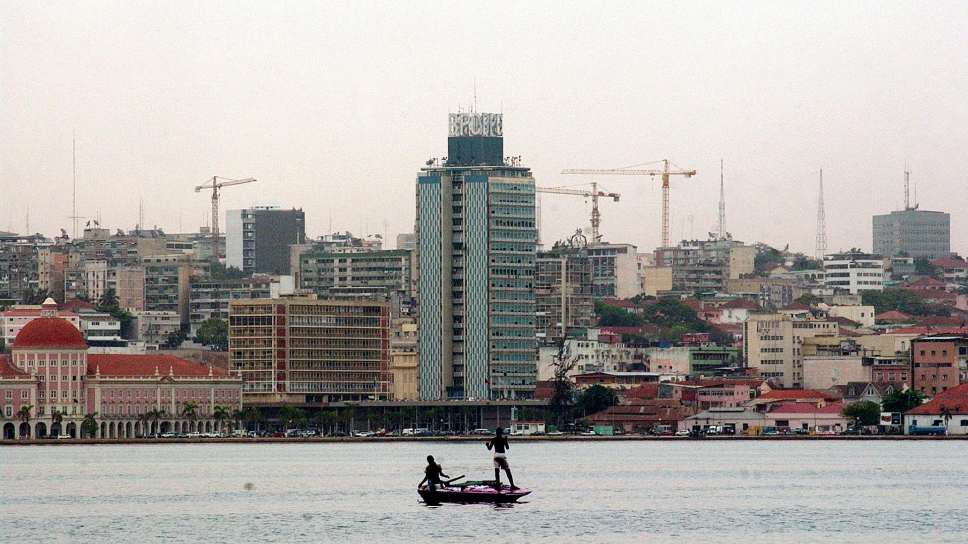 Funcionários do fisco angolano detidos por desvio de dinheiro de impostos