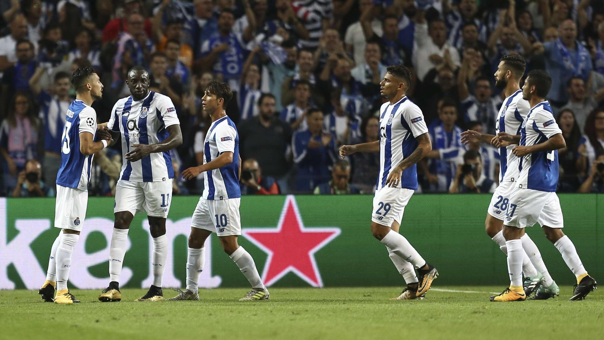 FC Porto goleia Portimonense e segue no topo da Liga