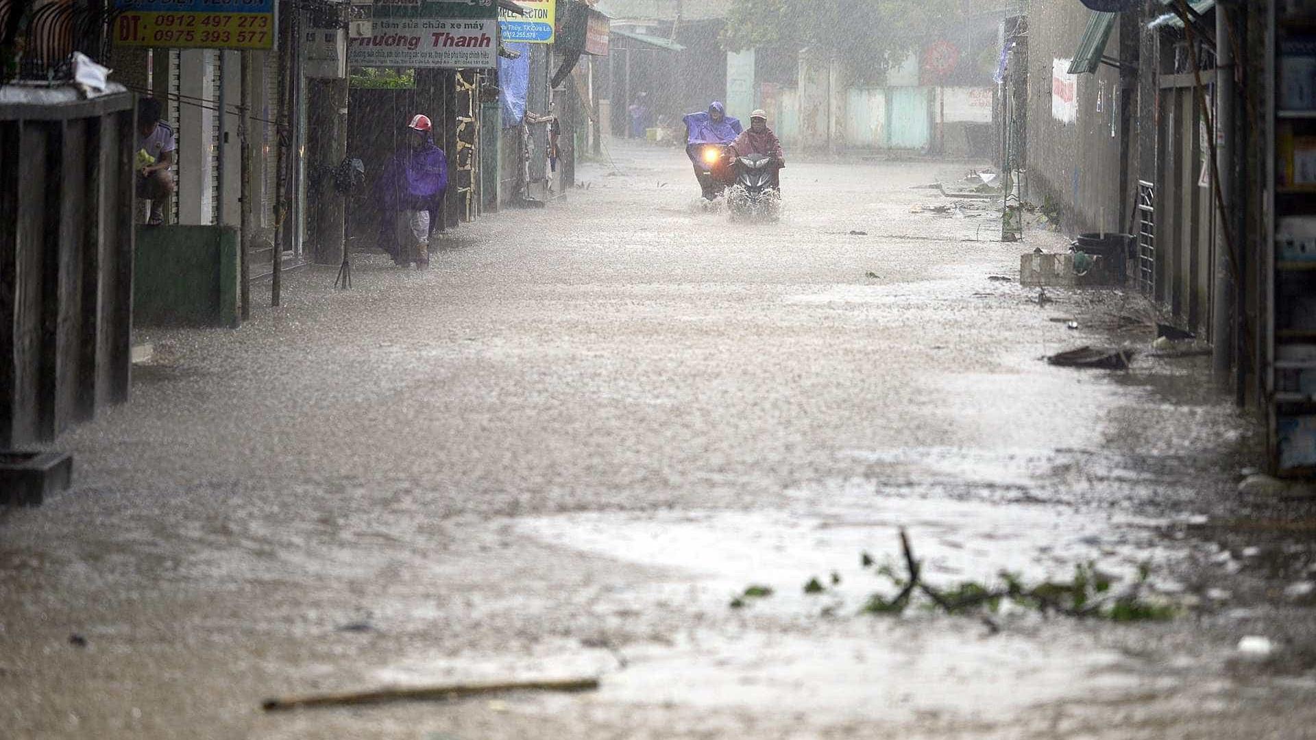 Pelo menos quatro mortos no Vietname com passagem de tufão