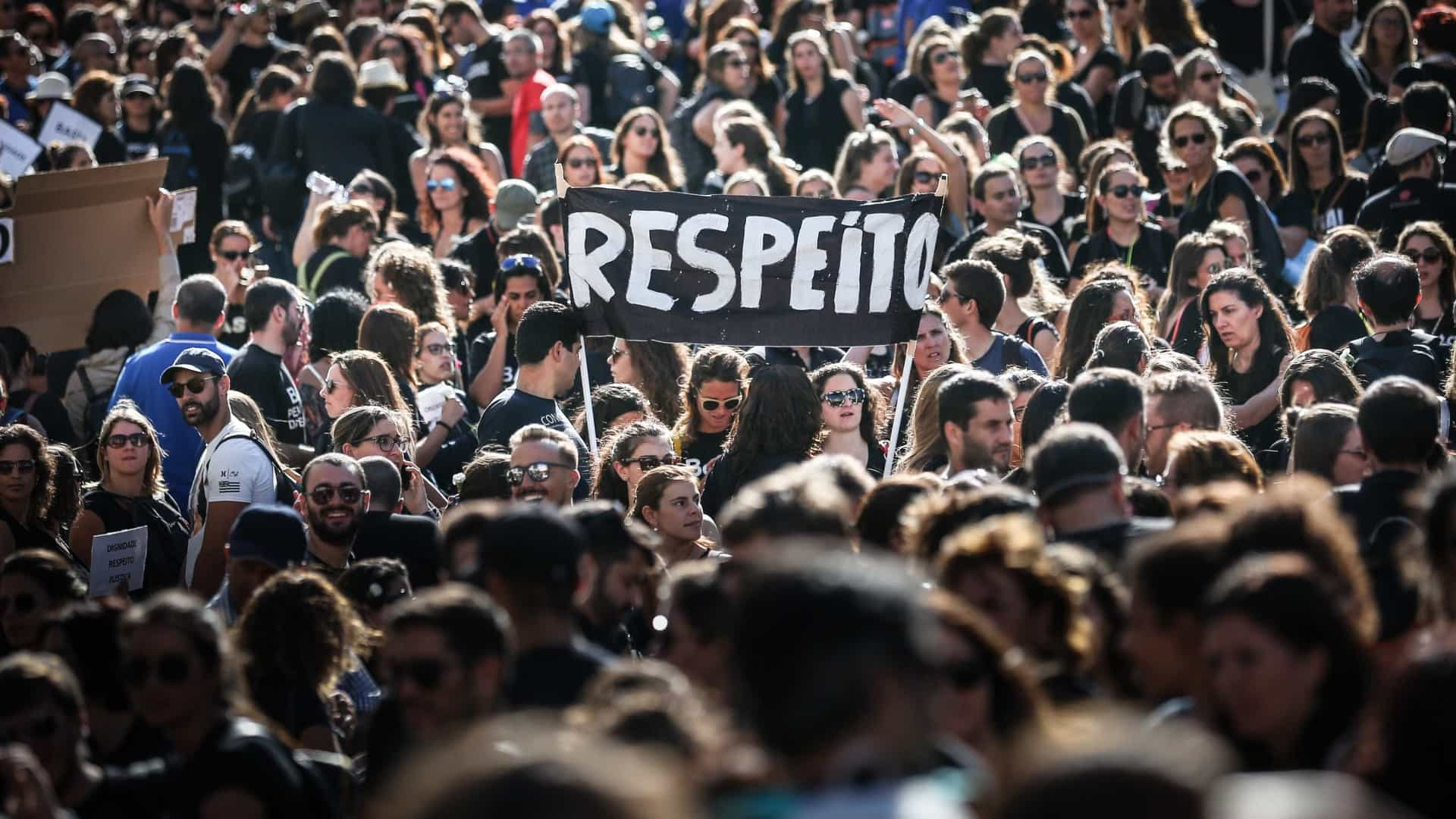 Protesto e união dos enfermeiros enchem ruas de Lisboa