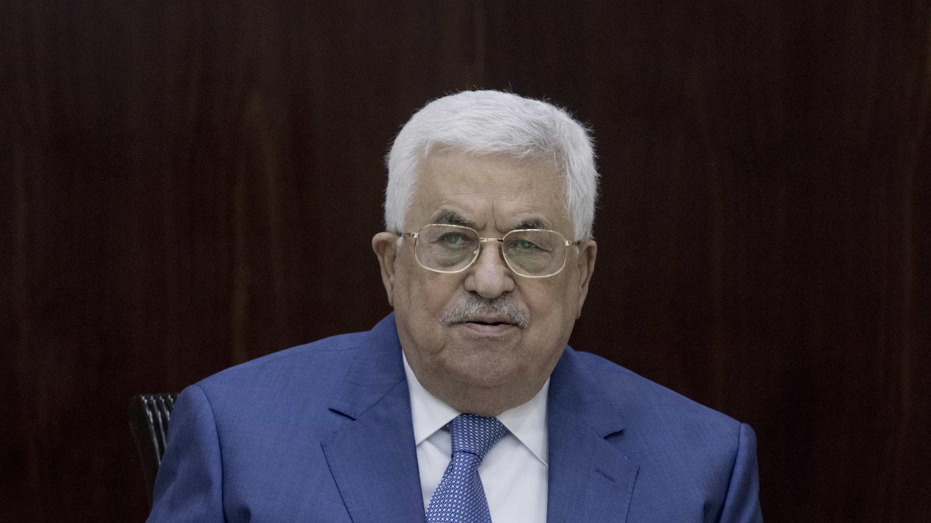 Mahmoud Abbas participa em manifestação de reconciliação palestiniana