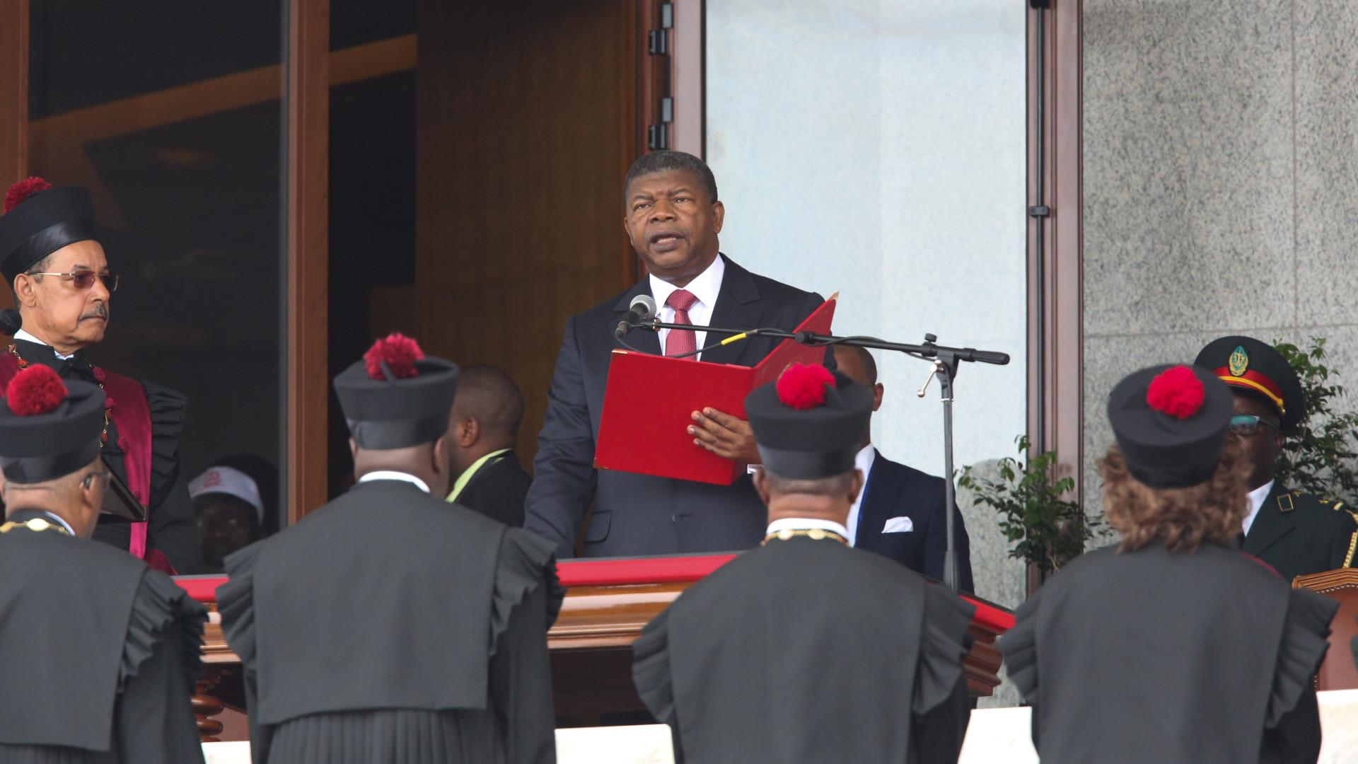João Lourenço na África do Sul para primeira visita de Estado