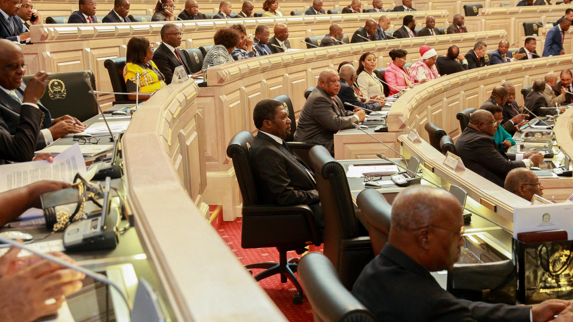 MPLA critica UNITA por votar contra o Orçamento Geral do Estado