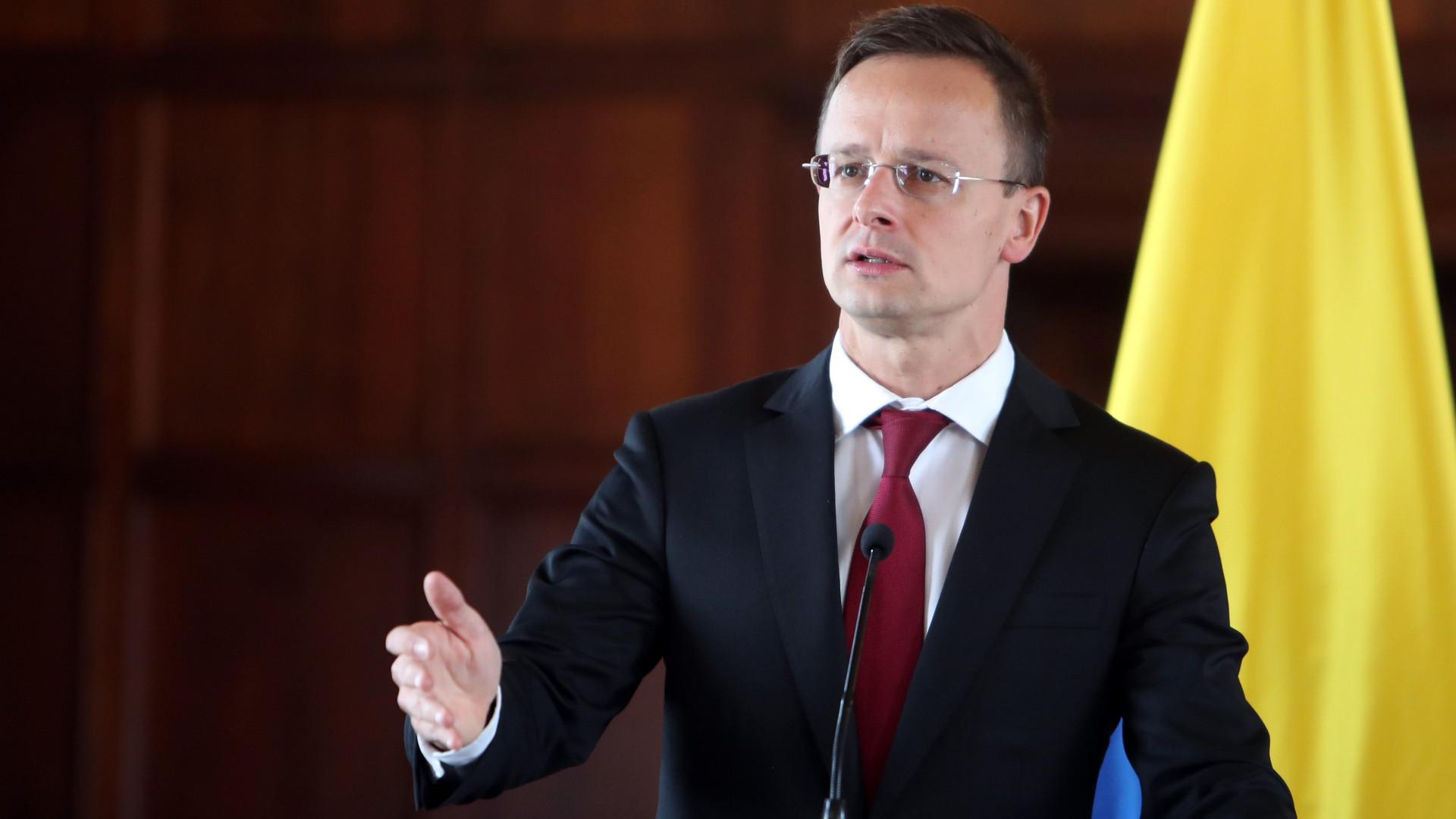 Hungria alarga linha de crédito para Angola em quase 140 milhões