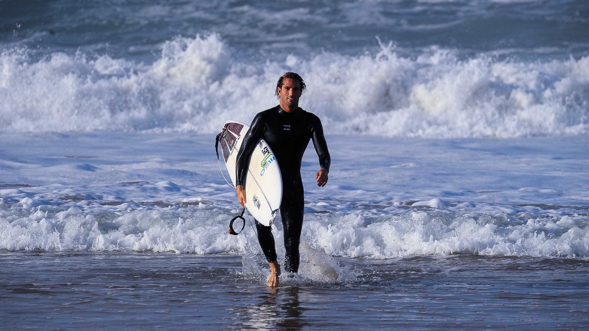 Circuito Mundial De Surf : Notícias ao minuto etapa de peniche do circuito mundial de surf já