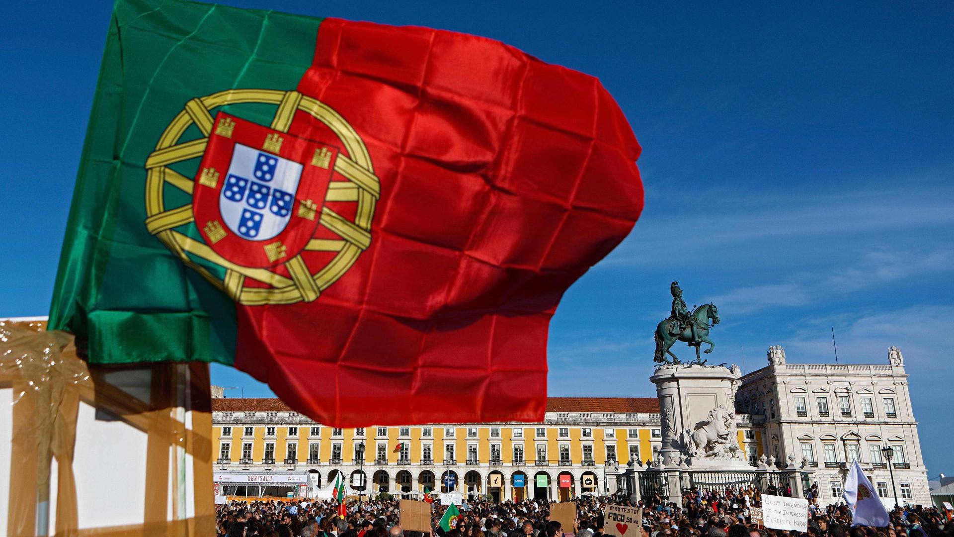 Cerca de mil pessoas em Lisboa exigem política de defesa da floresta