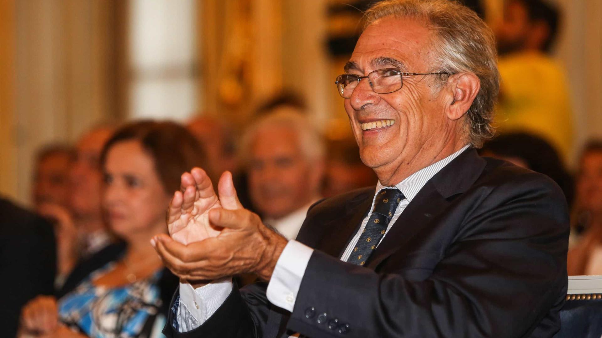 Sobrinho Simões premiado com Gago Award por capacitar cultura científica