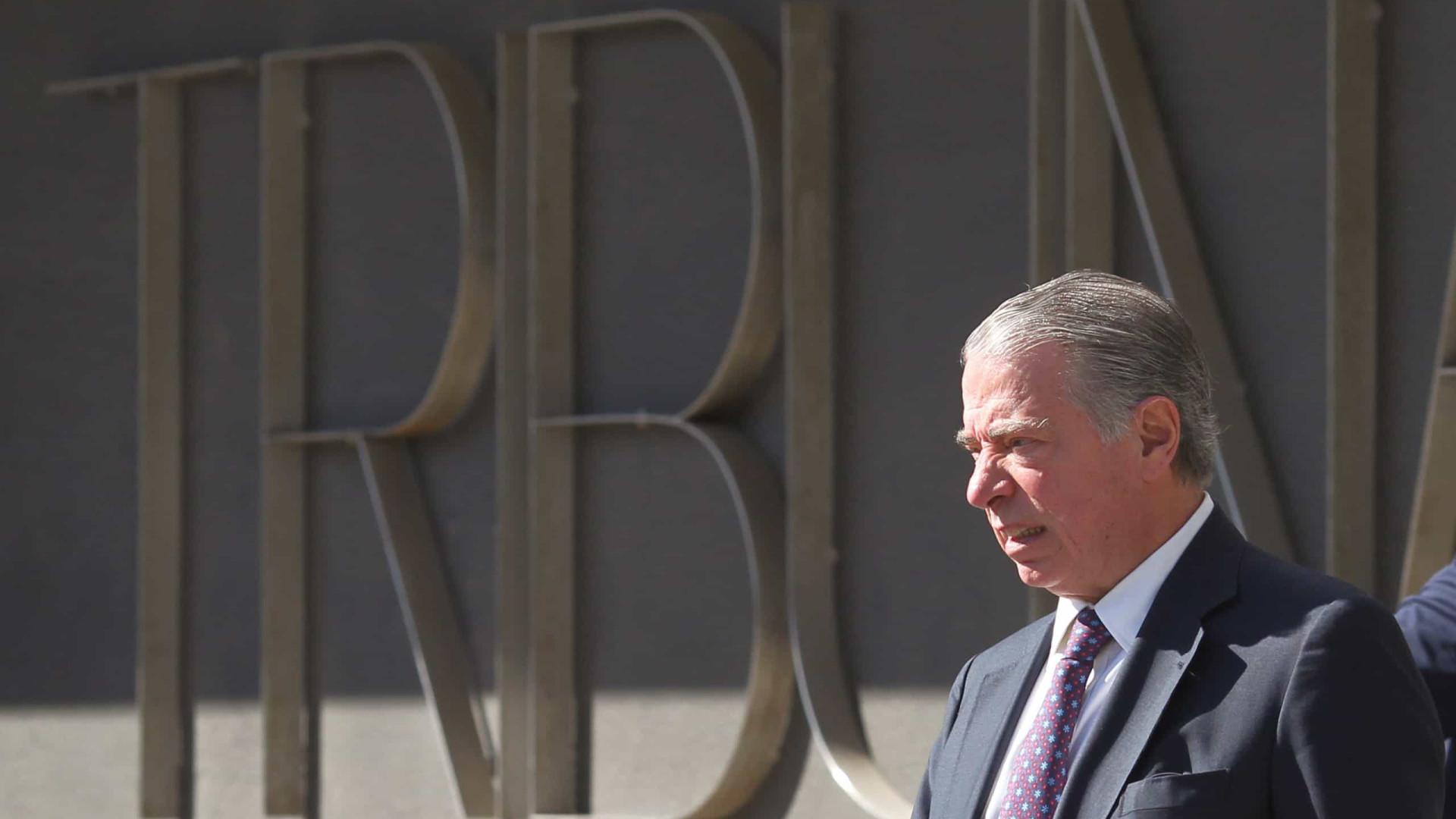 BES: Ricardo Salgado multado em 3,7 milhões de euros