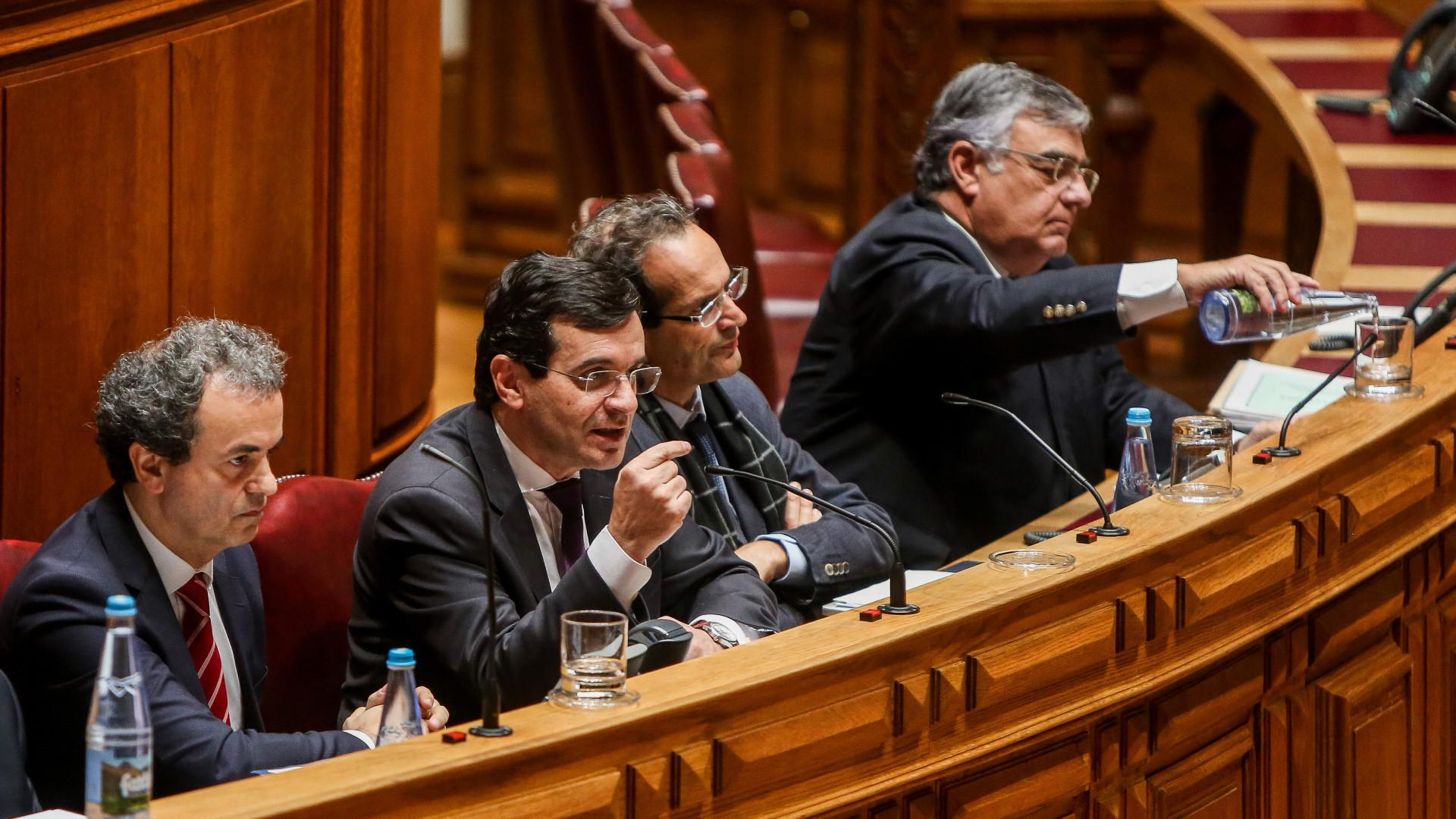 Ministro pede desculpas a vítimas do surto de Legionella