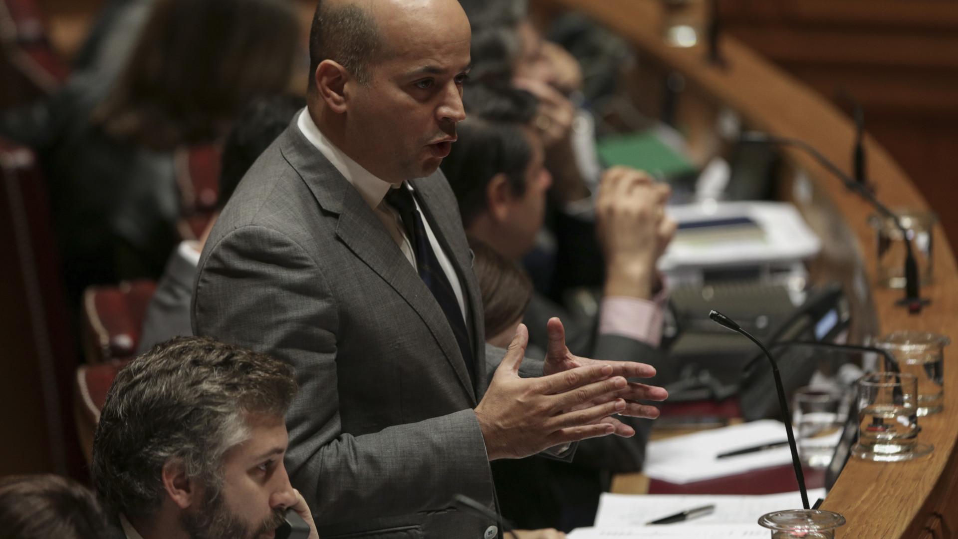 Governo quer adiar entrada em vigor da nova Lei Enquadramento Orçamental