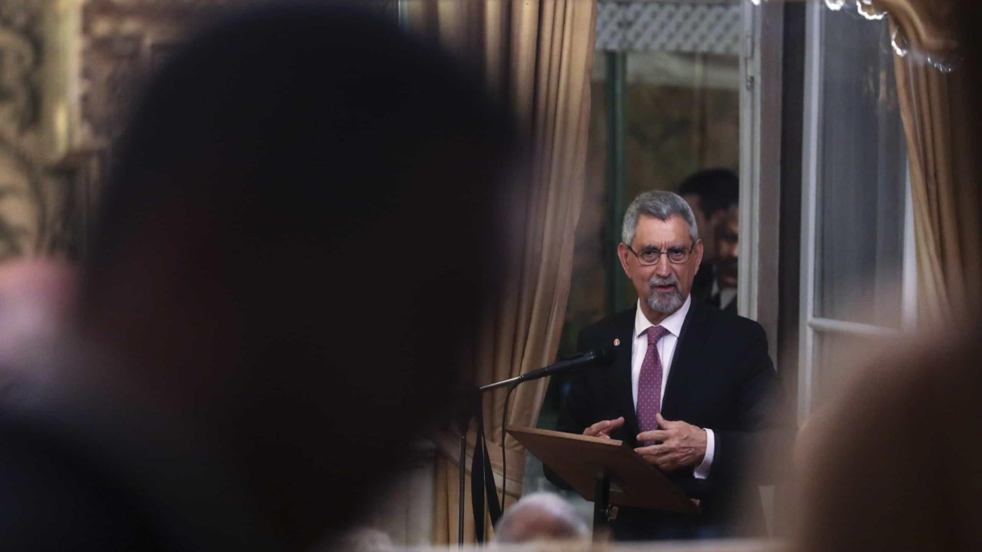 Presidente pede envolvimento da sociedade na revisão da Constituição