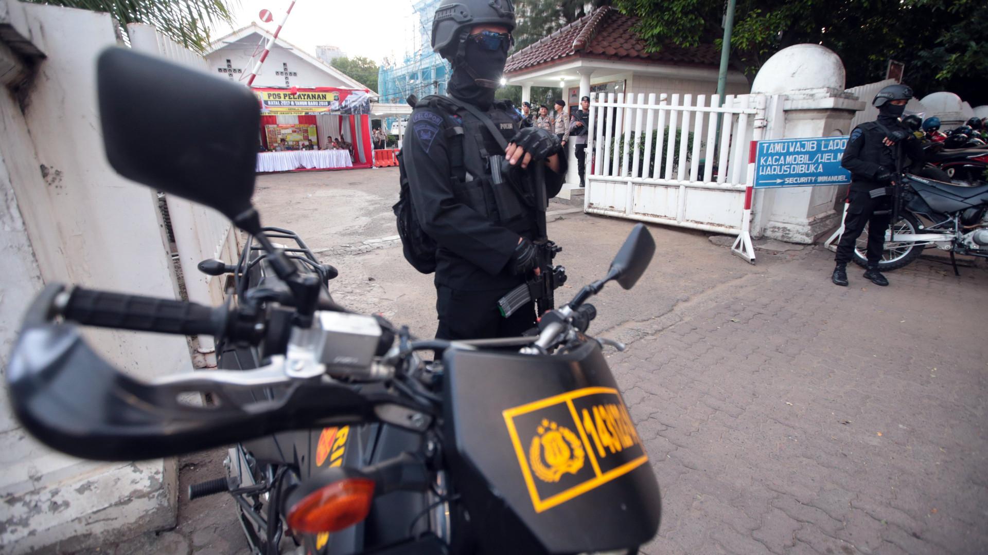 Ataques a igrejas na Indonésia causou 11 mortos e 40 feridos