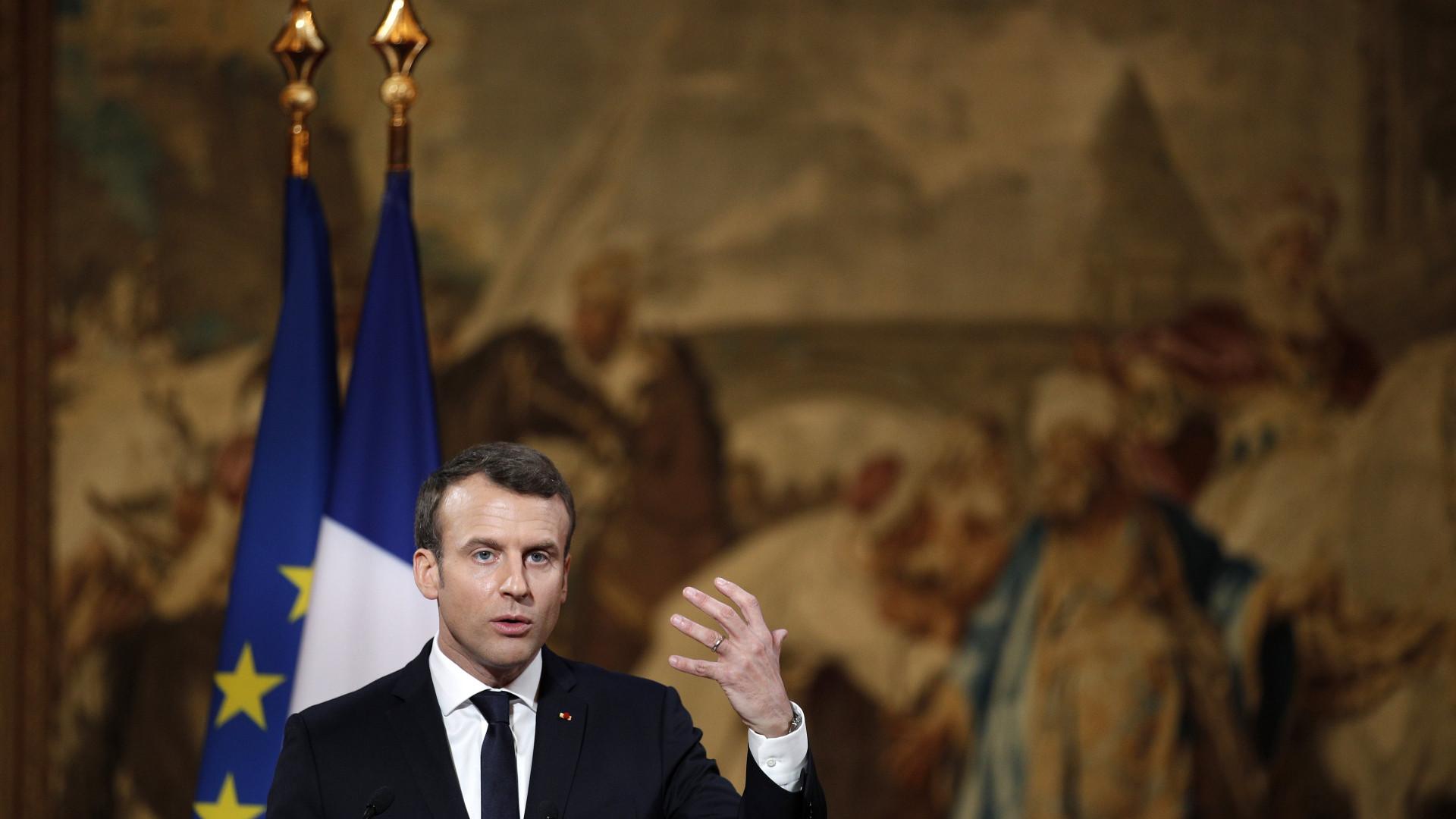 Presidente francês inicia sua visita à China pela rota da seda