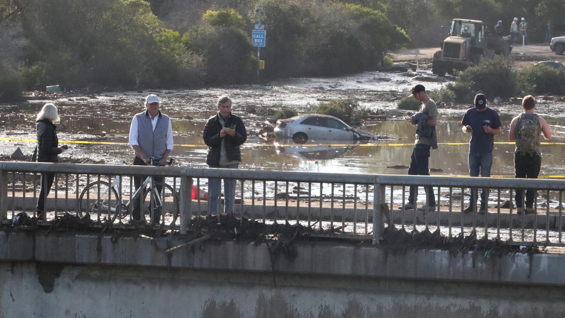 Número de mortos em deslizamentos de terra na Califórnia sobe para 18