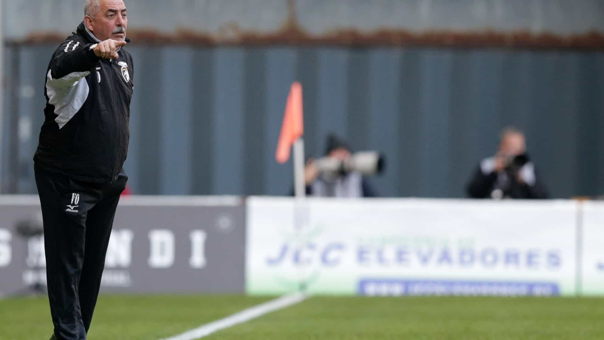 """Vítor Oliveira considera """"exagero"""" privar as pessoas de irem ao Estádio"""