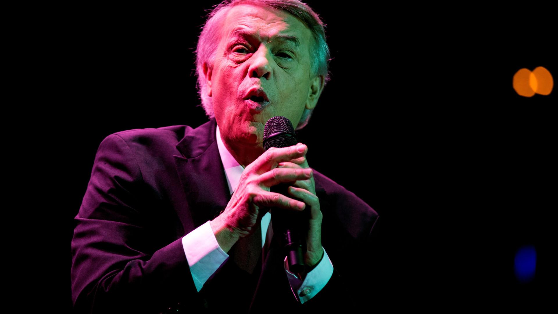 Cantor Adamo atua em outubro em Lisboa