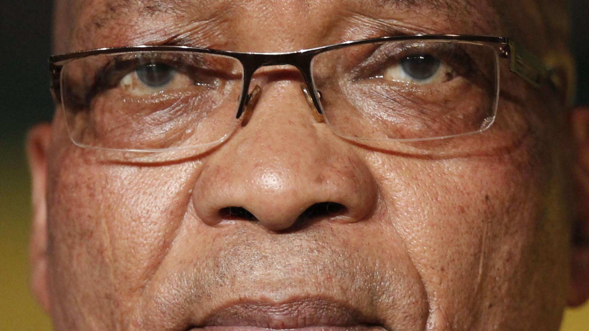 Presidente sul-africano demitir-se-á se moção de censura for aprovada