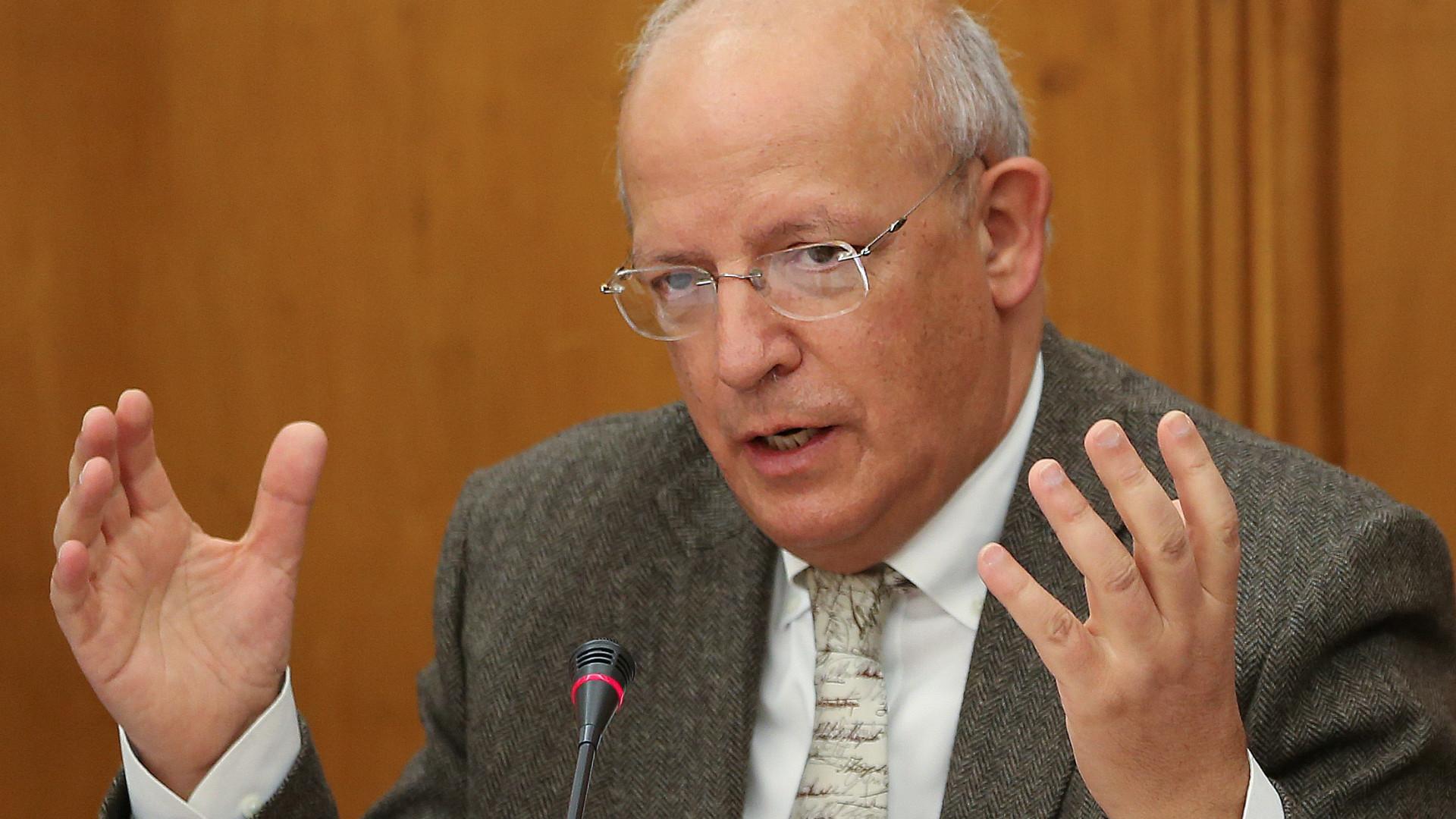 Direita questiona Governo sobre escolha para presidir a Comissão Europeia