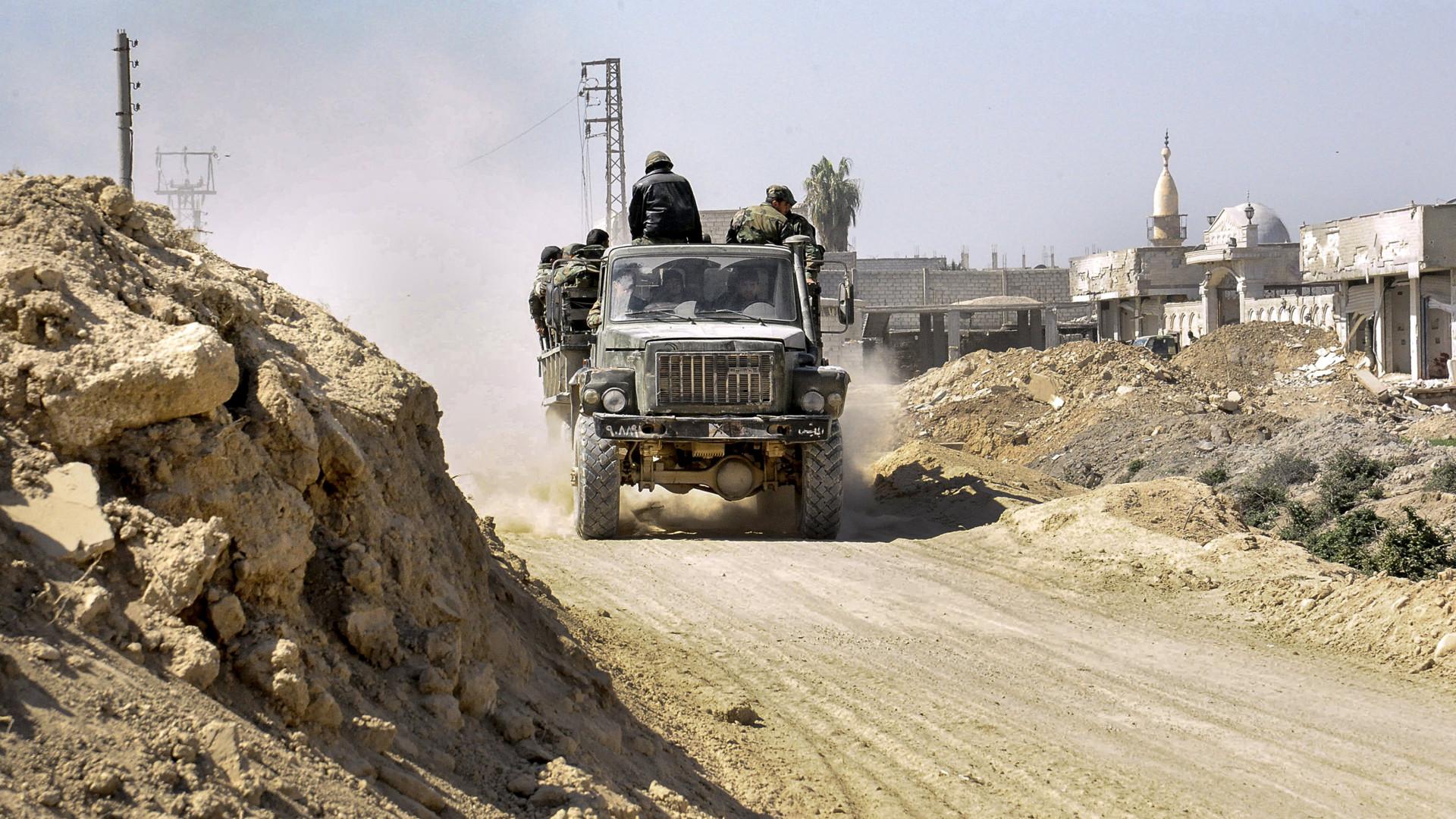 Síria: Exército sírio entrou em cidade-chave de Ghouta Oriental
