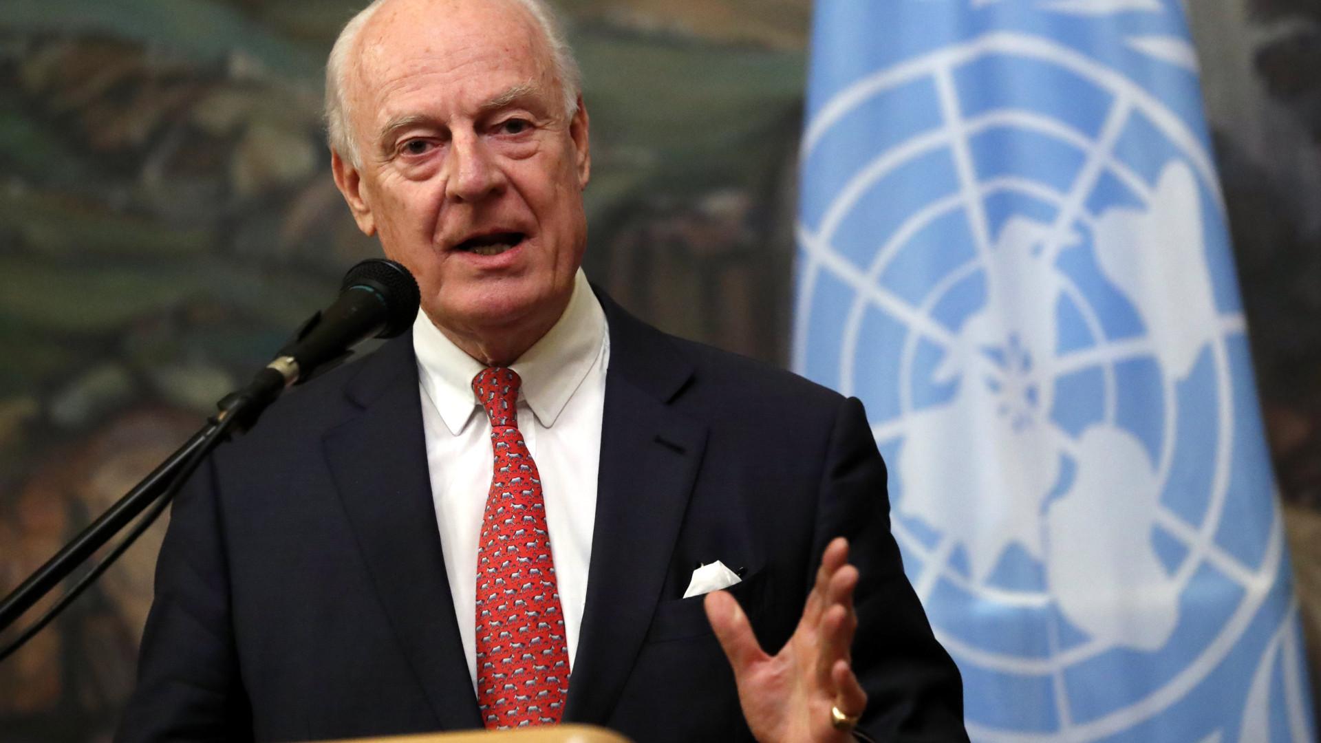 EUA e Rússia em duelo na ONU com a Síria no meio