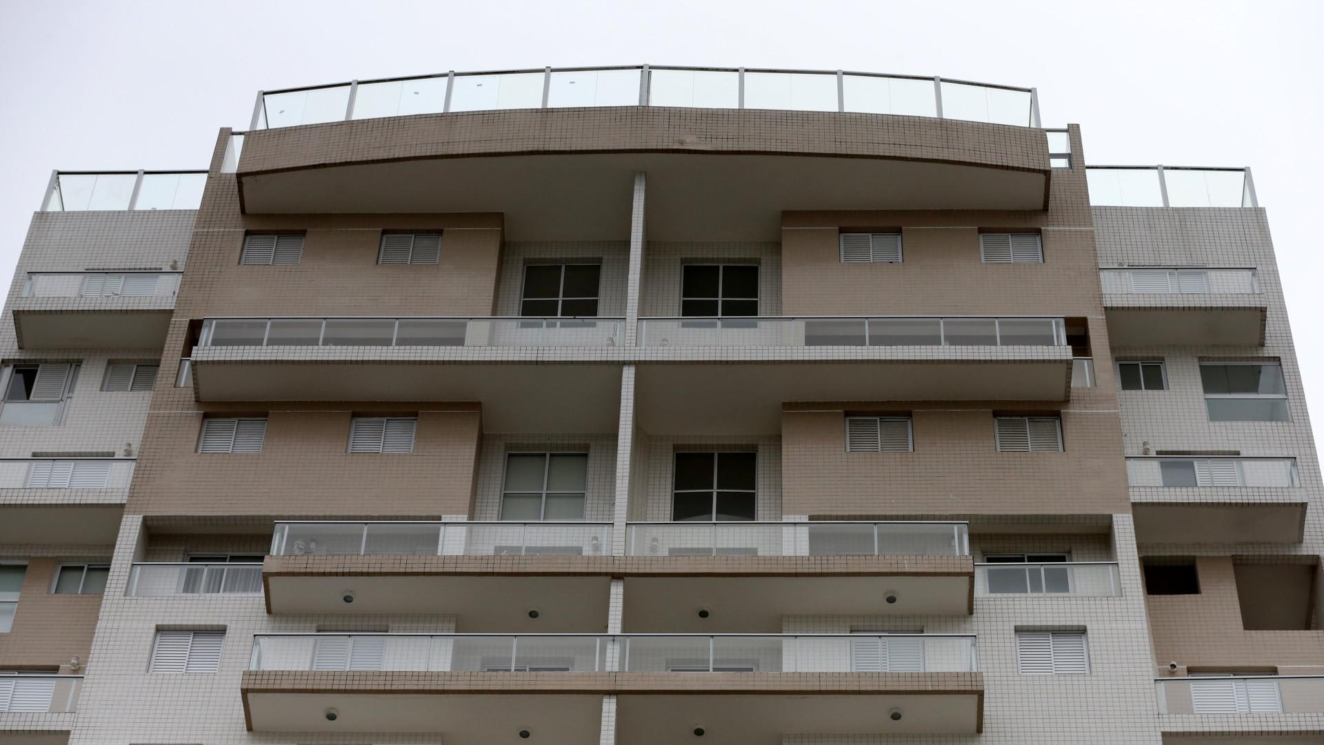 Termina ocupação do apartamento de luxo que levou Lula da Silva à prisão