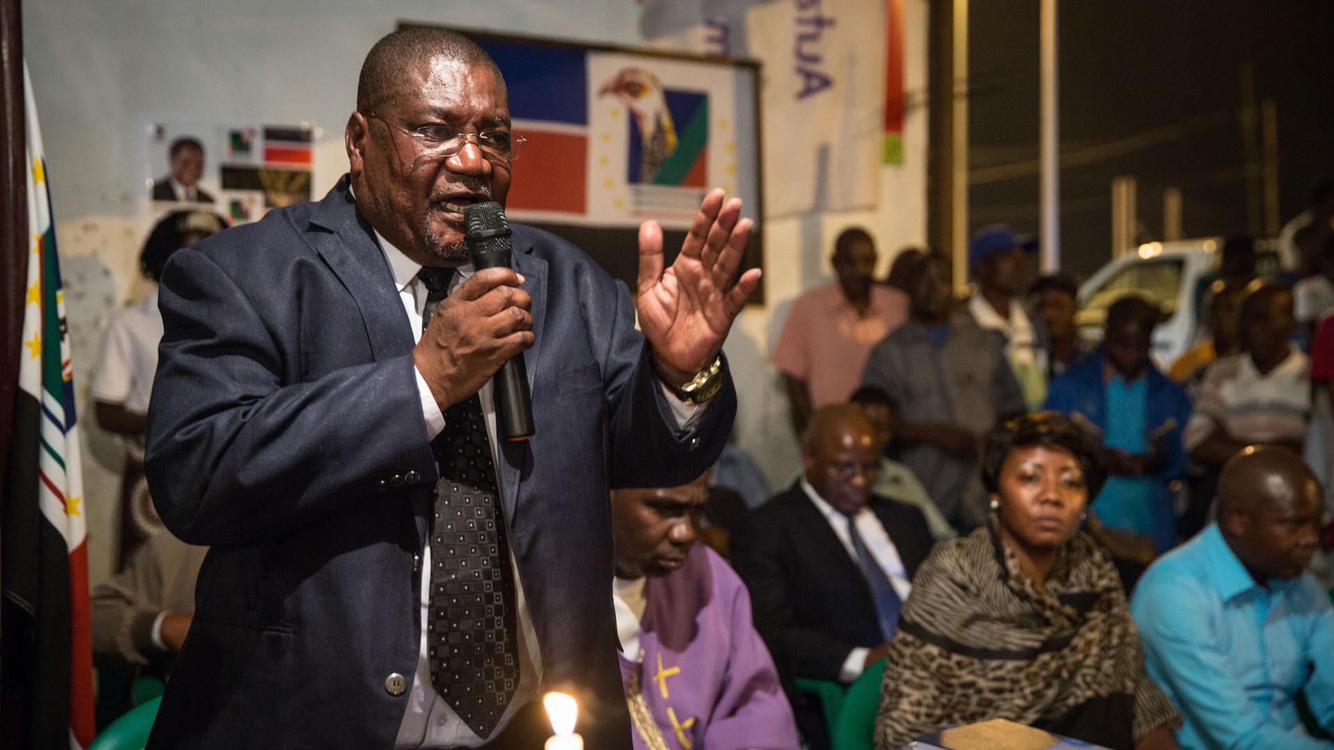 Renamo ameaça abandonar negociações de paz em Moçambique