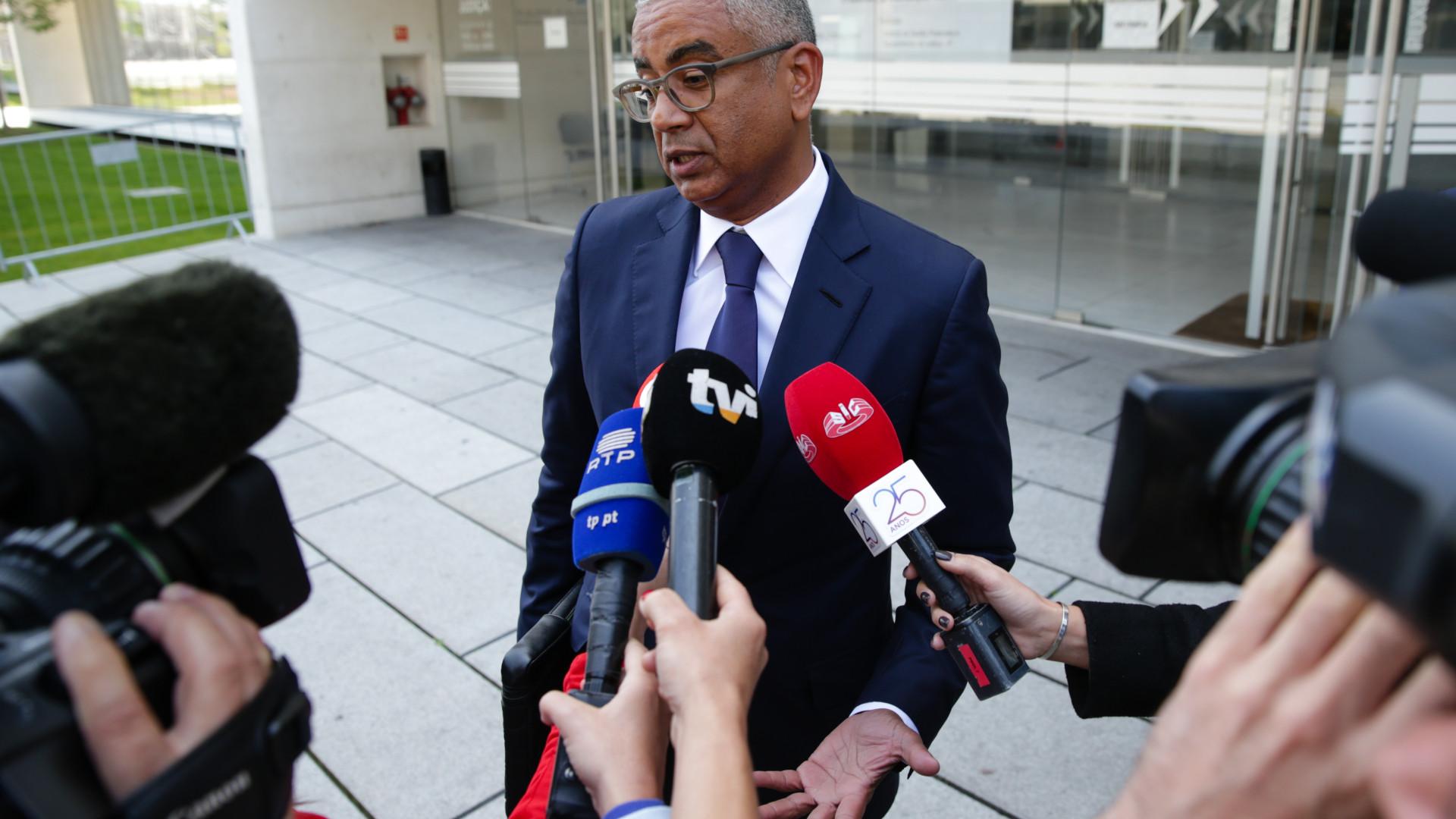 MP vai extrair certidões contra Carlos Silva e Proença de Carvalho
