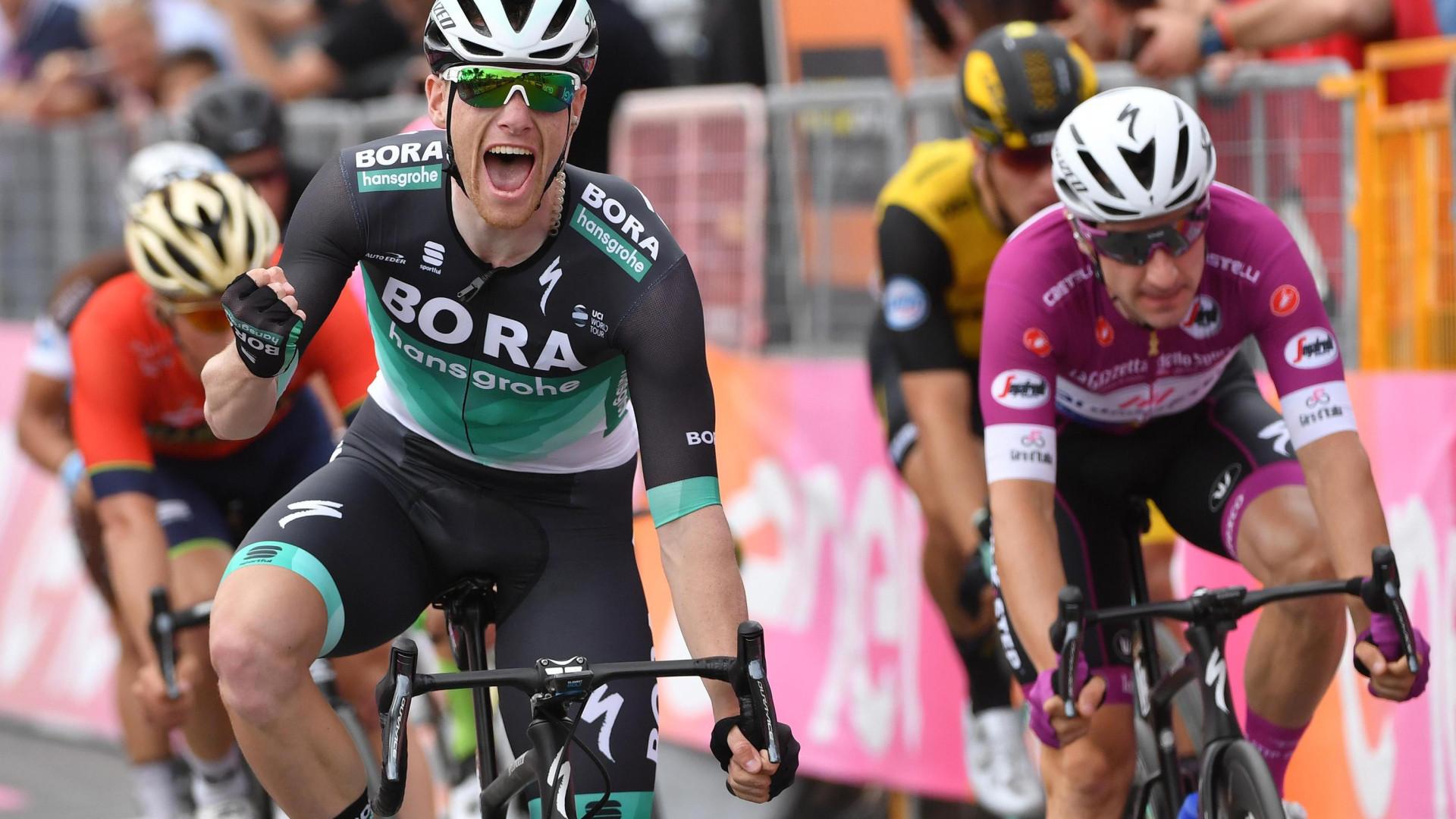 Giro: Sam Bennett conquista segunda vitória na prova