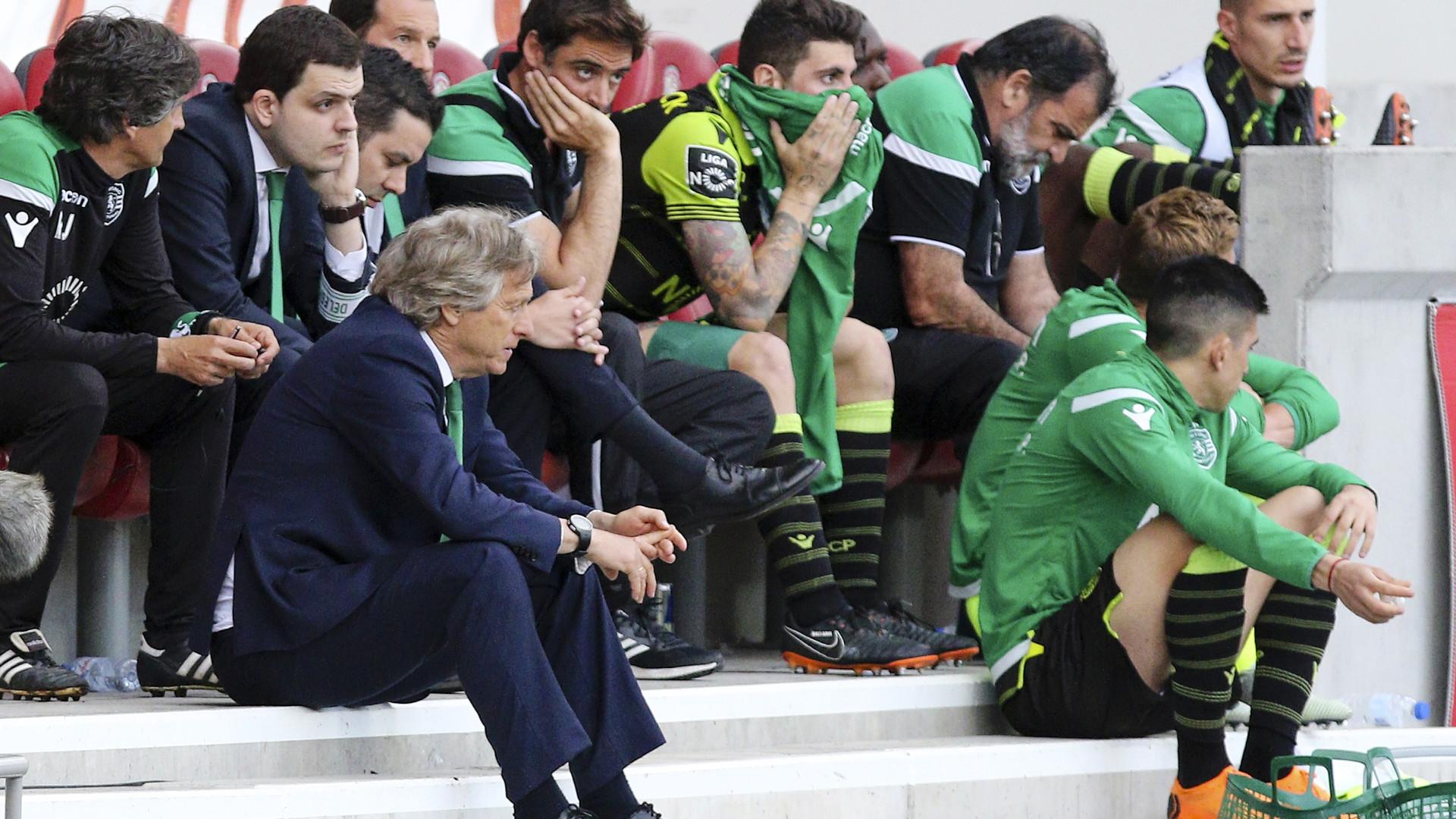 """Sporting explica-se à CMVM: """"Não há qualquer suspensão ou rescisão"""""""