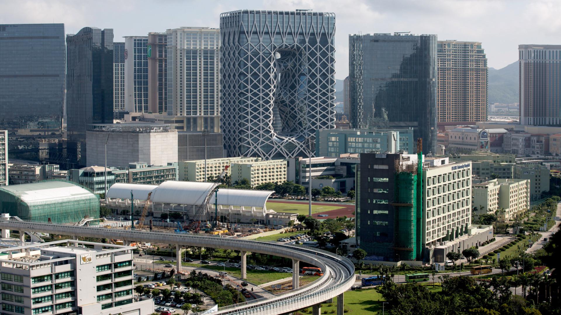 Içado sinal 3 de tempestade tropical em Macau
