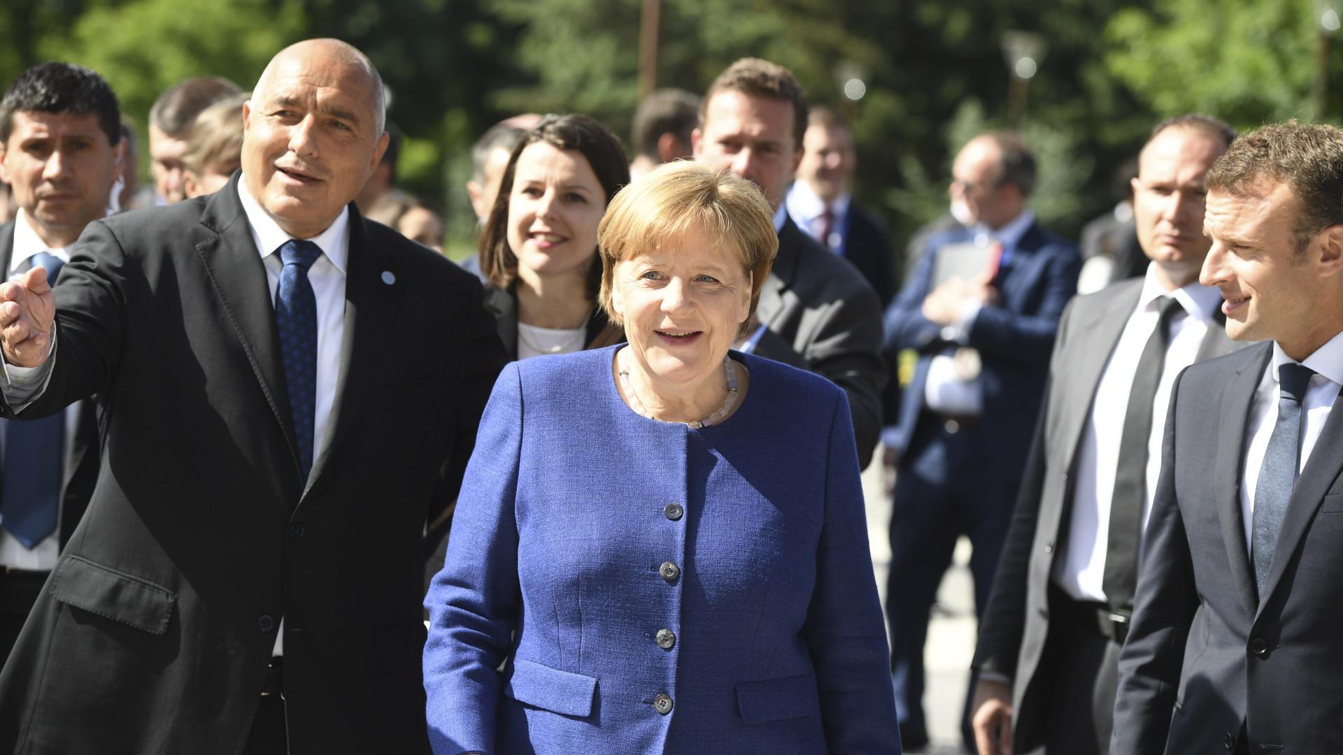 """Chanceler alemã reconhece que acordo nuclear """"não é perfeito"""""""