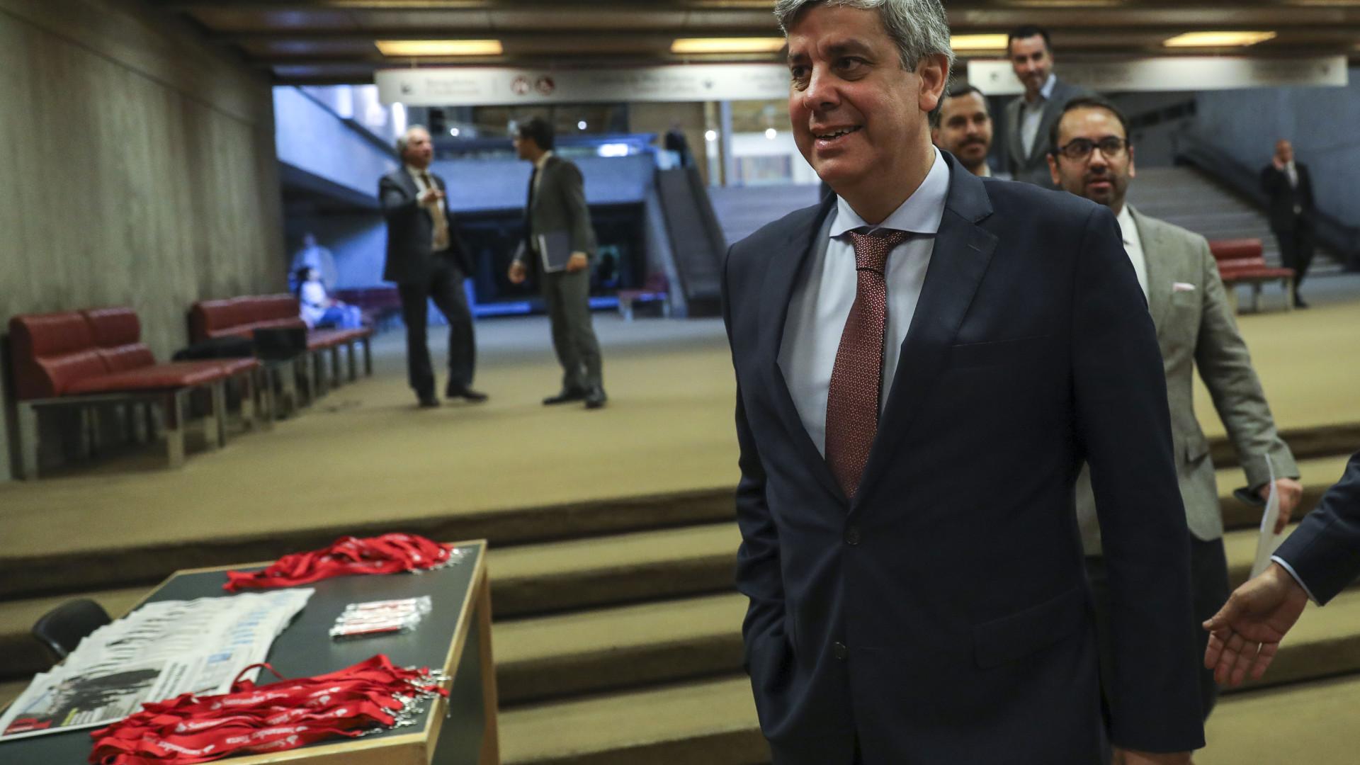 Centeno espera acordo preliminar sobre fundo dos bancos até final do mês