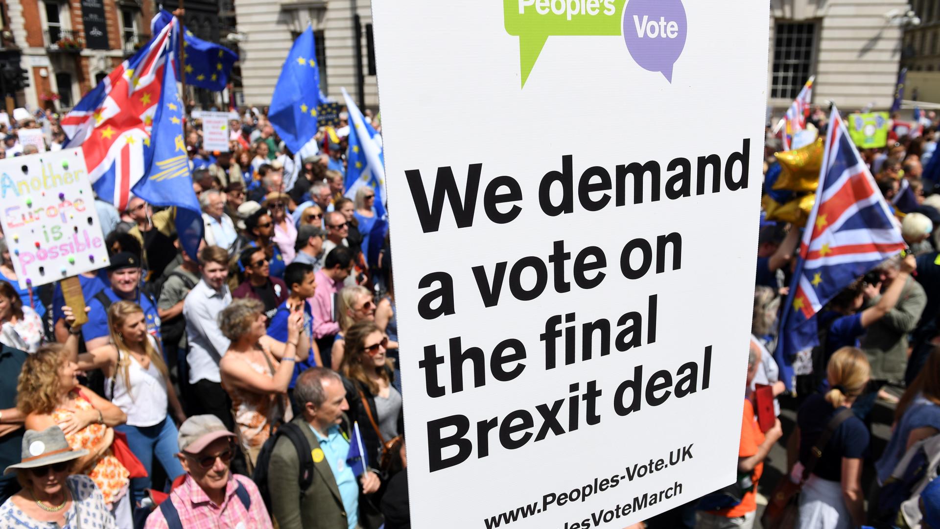 Marcha em Londres por novo referendo sobre Brexit
