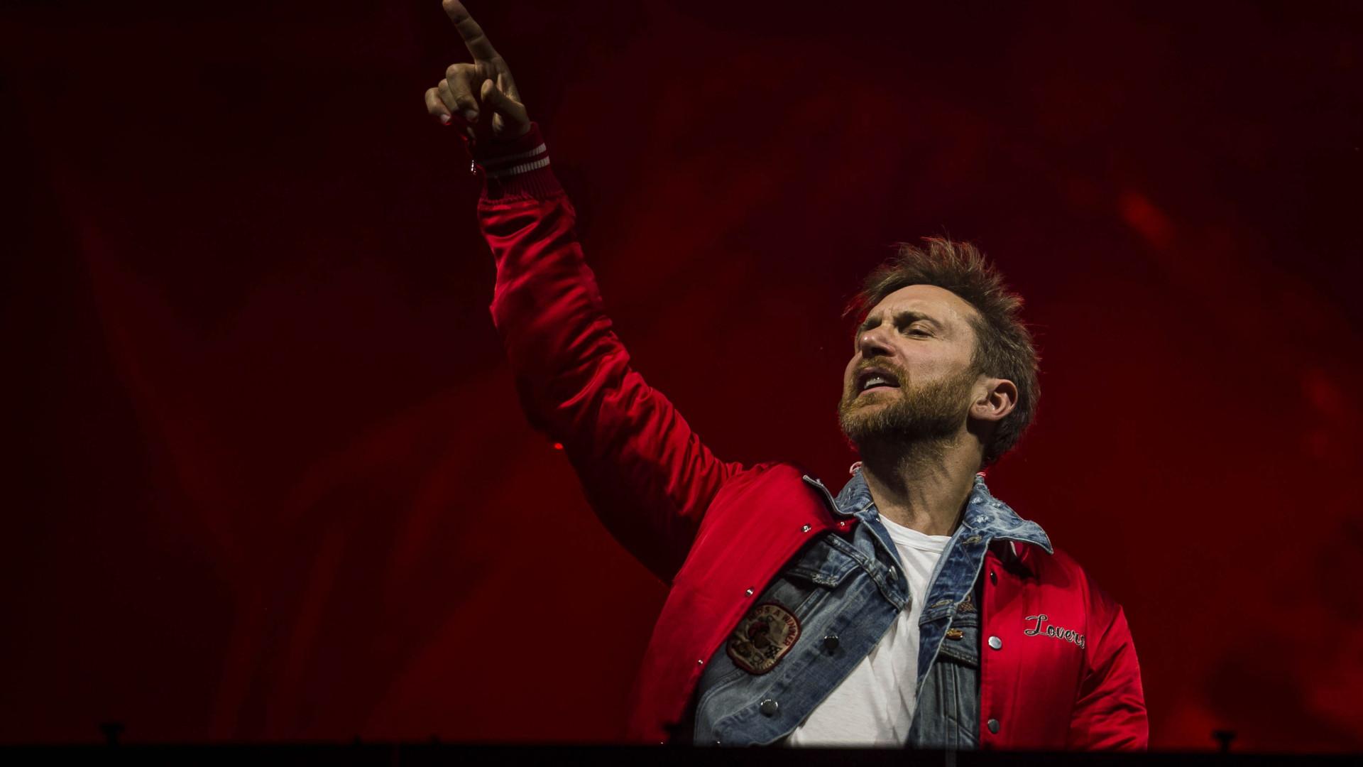 David Guetta sobe ao palco no segundo dia do Festival Marés Vivas
