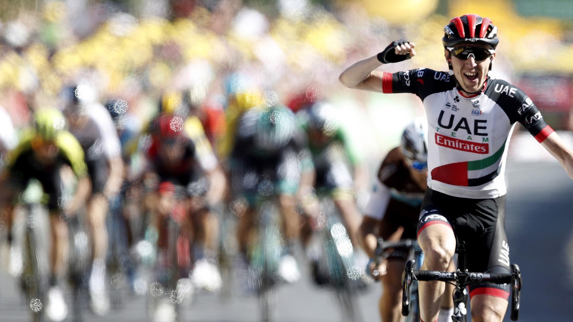 Daniel Martin vence sexta etapa do Tour e van Avermaet segue no comando