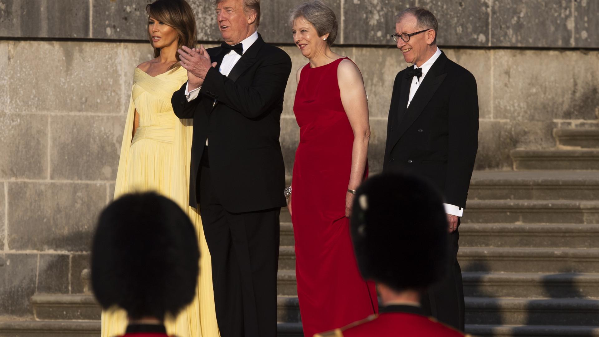 Trump acusa May de frustrar saída do Reino Unido da UE
