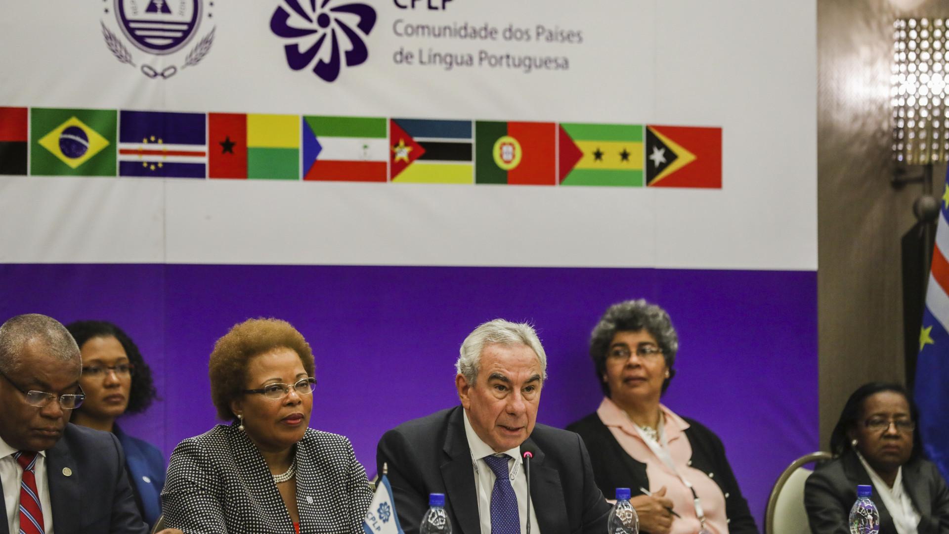 Secretário-executivo da CPLP presente na posse do Presidente do Brasil