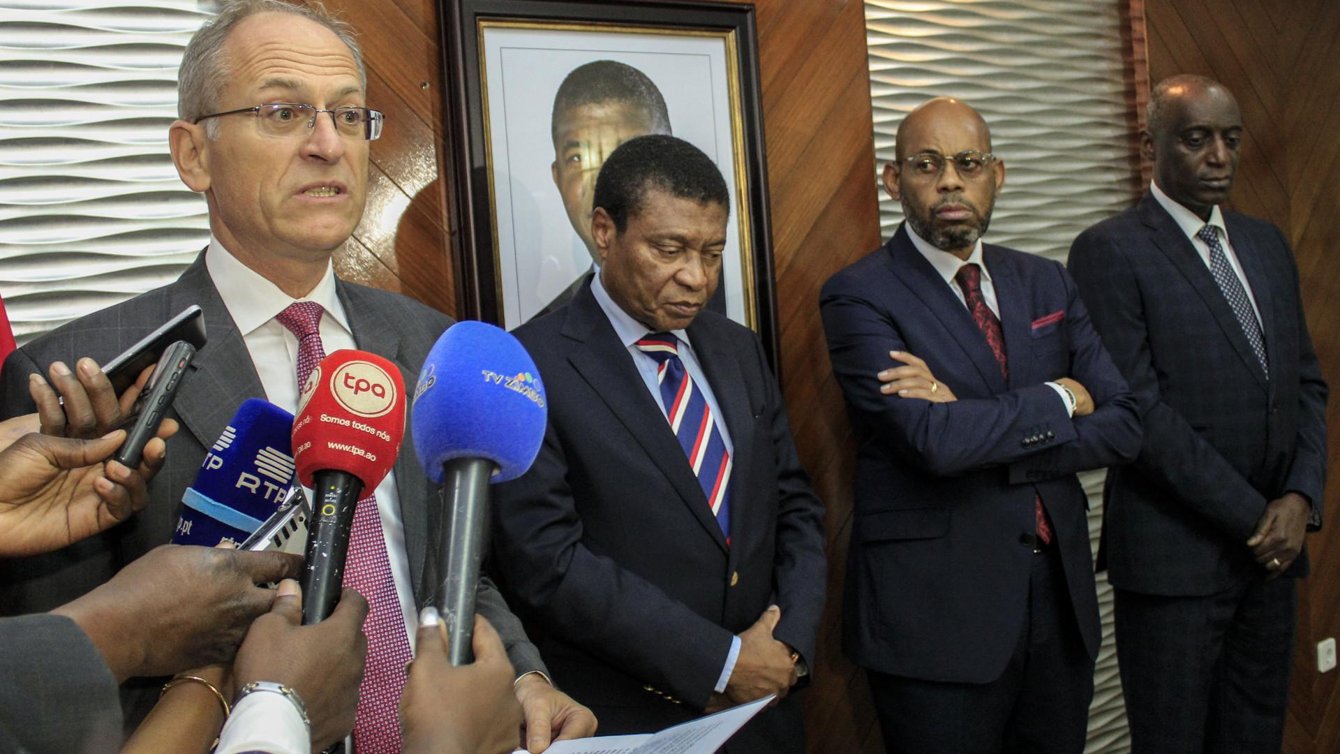 Banco Mundial diz que mercado de dívida em moeda angolana ajuda economia